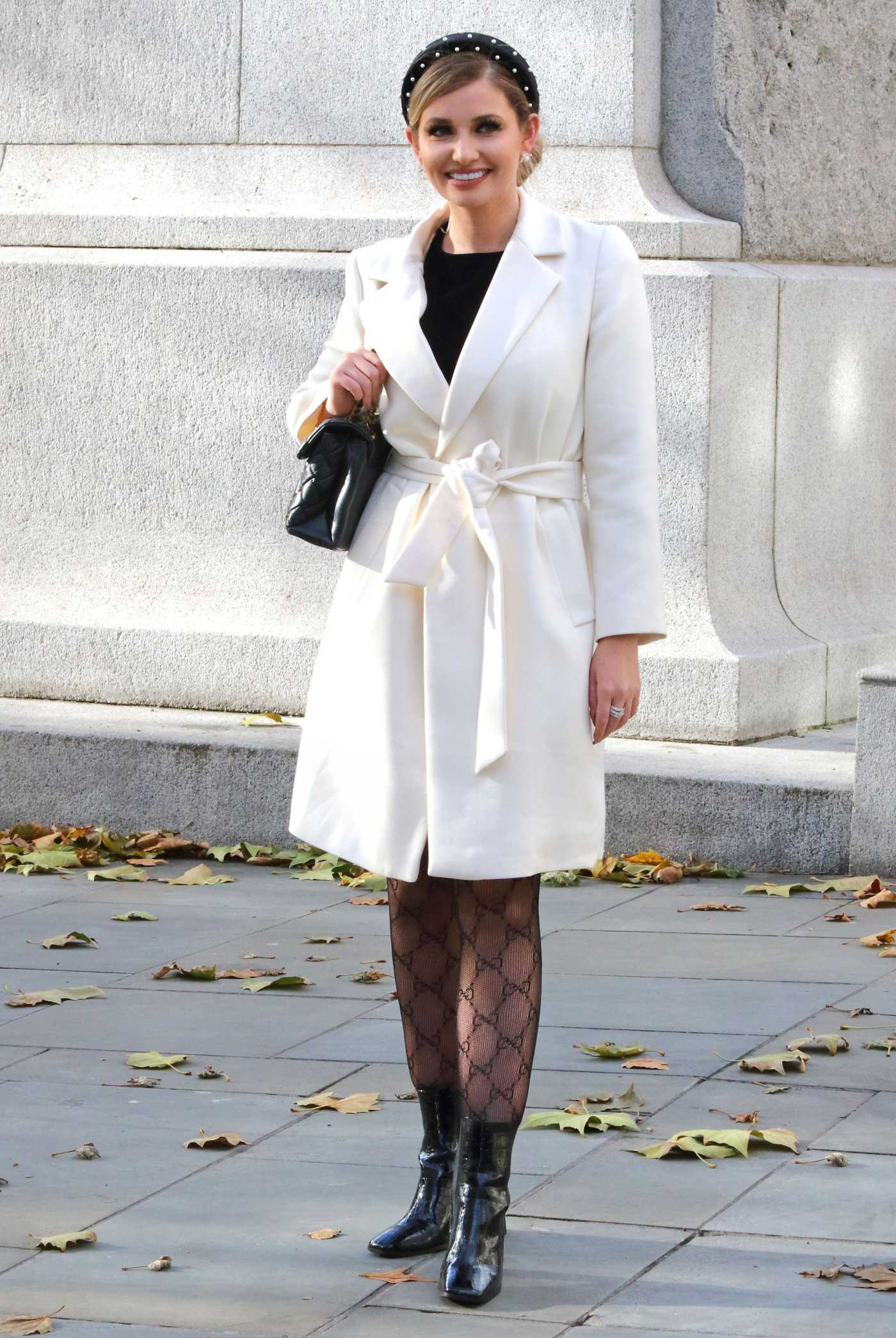 Amy Hart in a White Coat Was Seen in Central London 11/12/2020