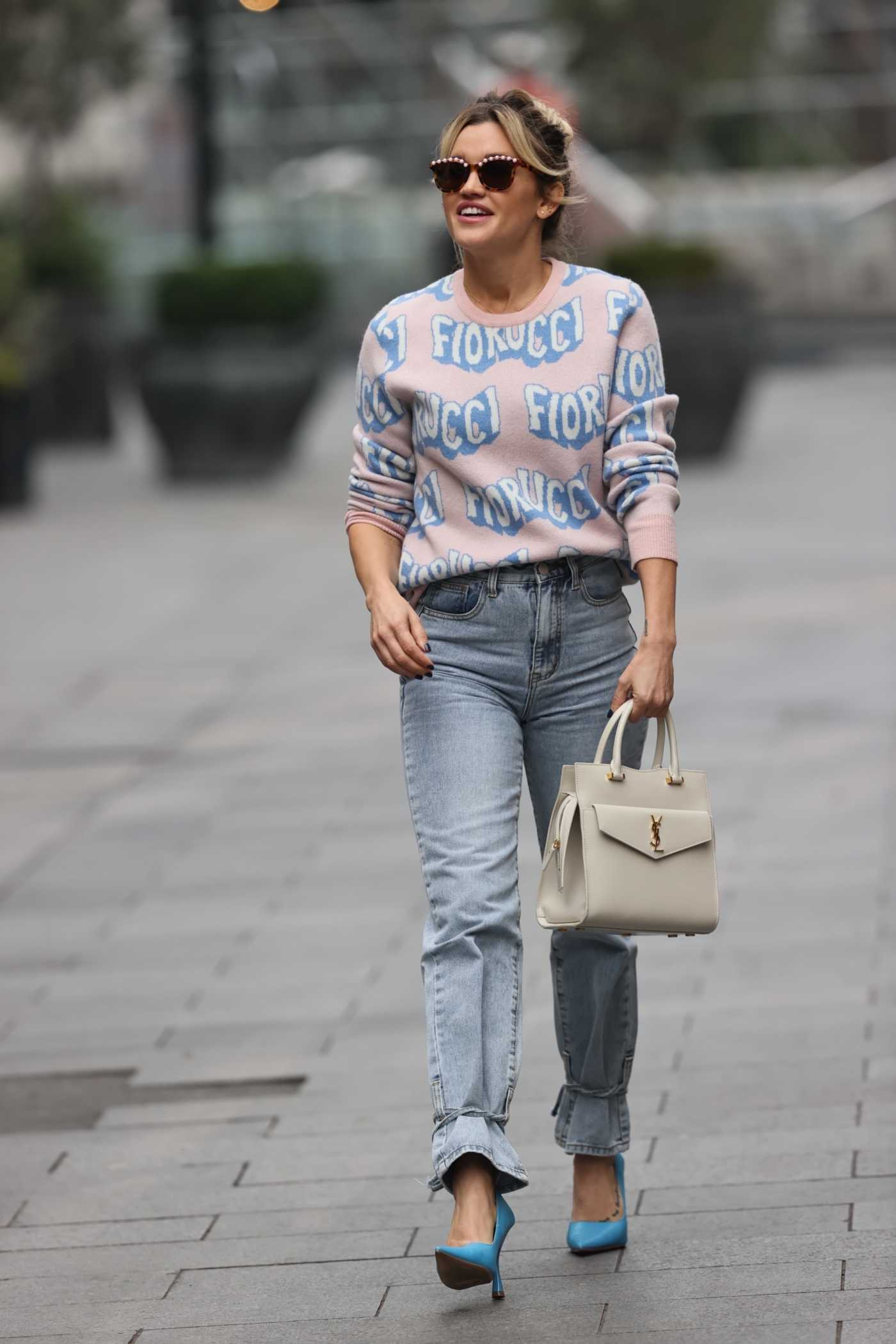 Ashley Roberts in a Blue Jeans Arrives at the Heart Radio Show in London 11/06/2020