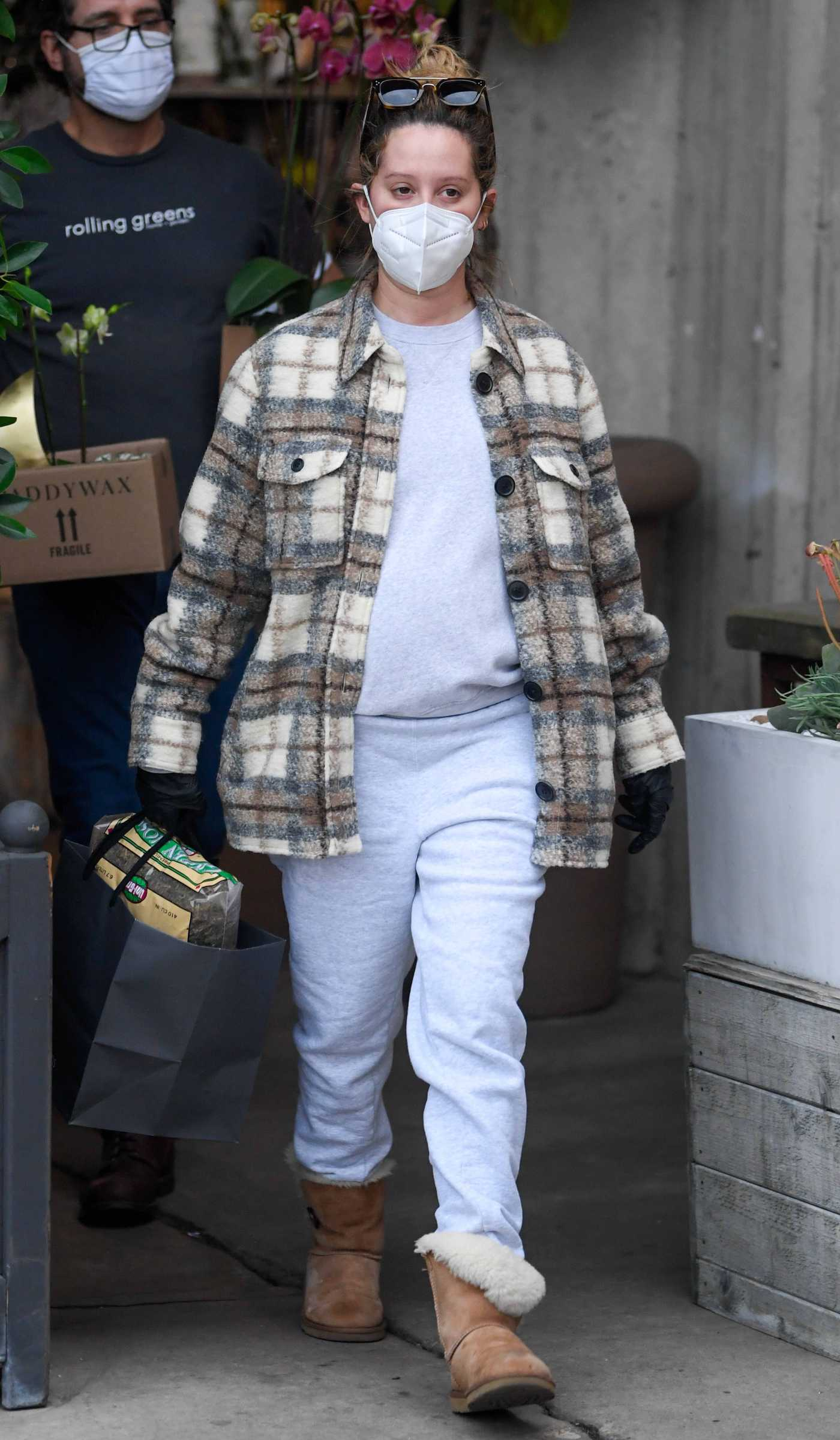 Ashley Tisdale in a Plaid Shirt Was Seen Out in Los Angeles 11/06/2020