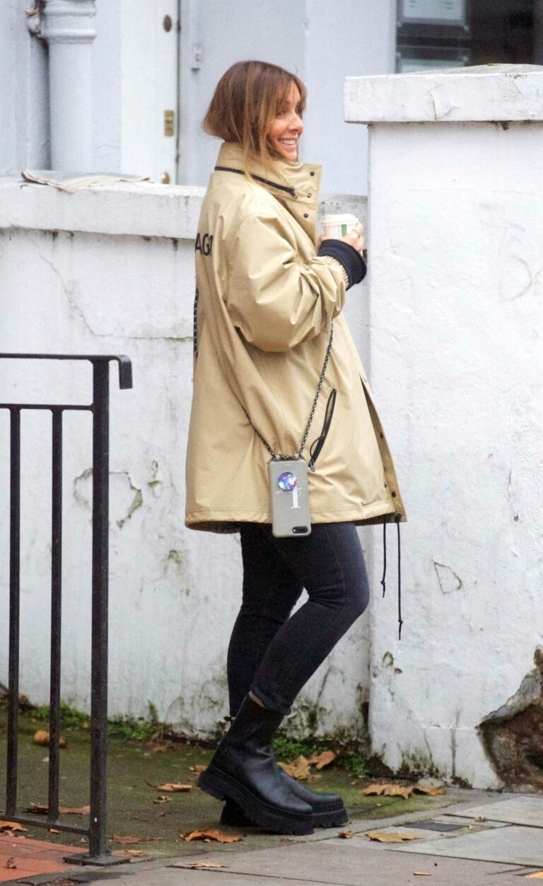 Louise Redknapp in a Beige Jacket