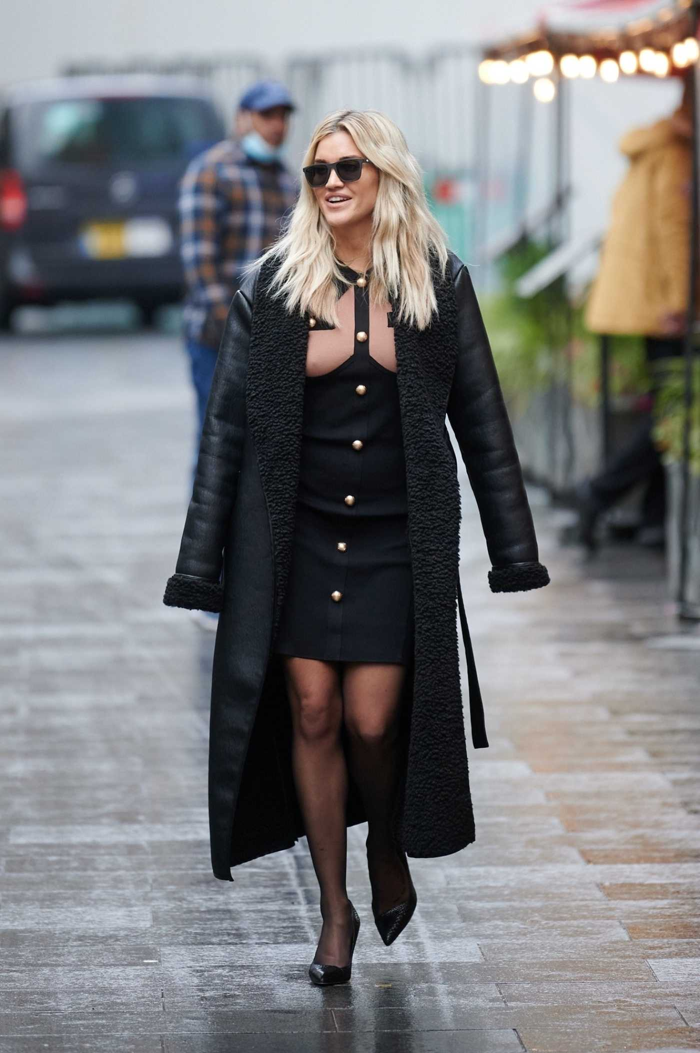 Ashley Roberts in a Black Leather Coat Leaves the Global Studios in London 12/11/2020