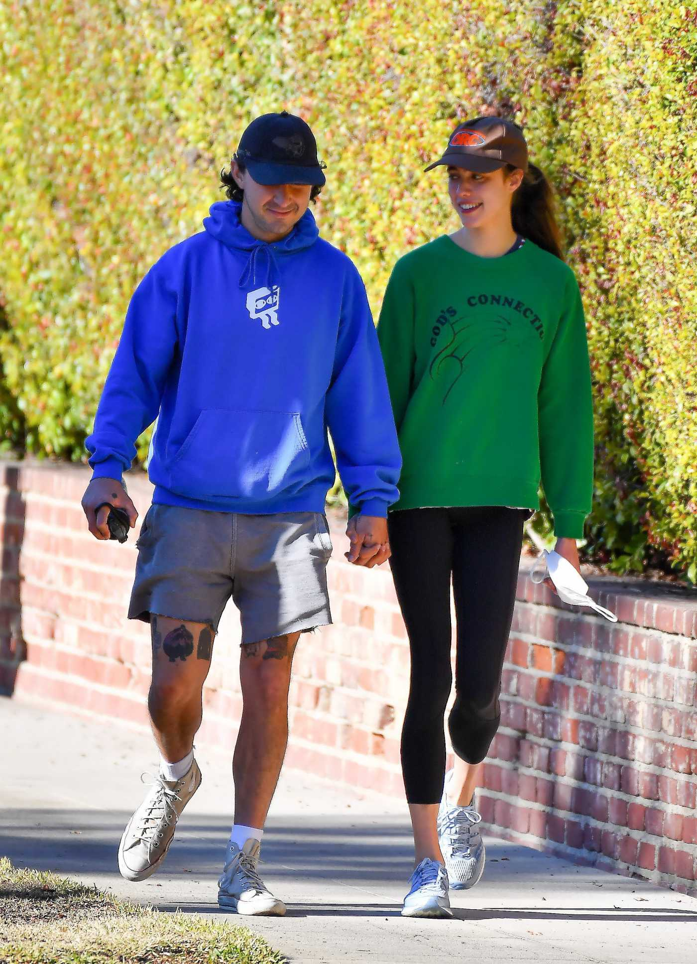 Margaret Qualley in a Green Sweatshirt Was Seen Out with Shia LaBeouf at the Huntington Gardens in Pasadena 12/24/2020