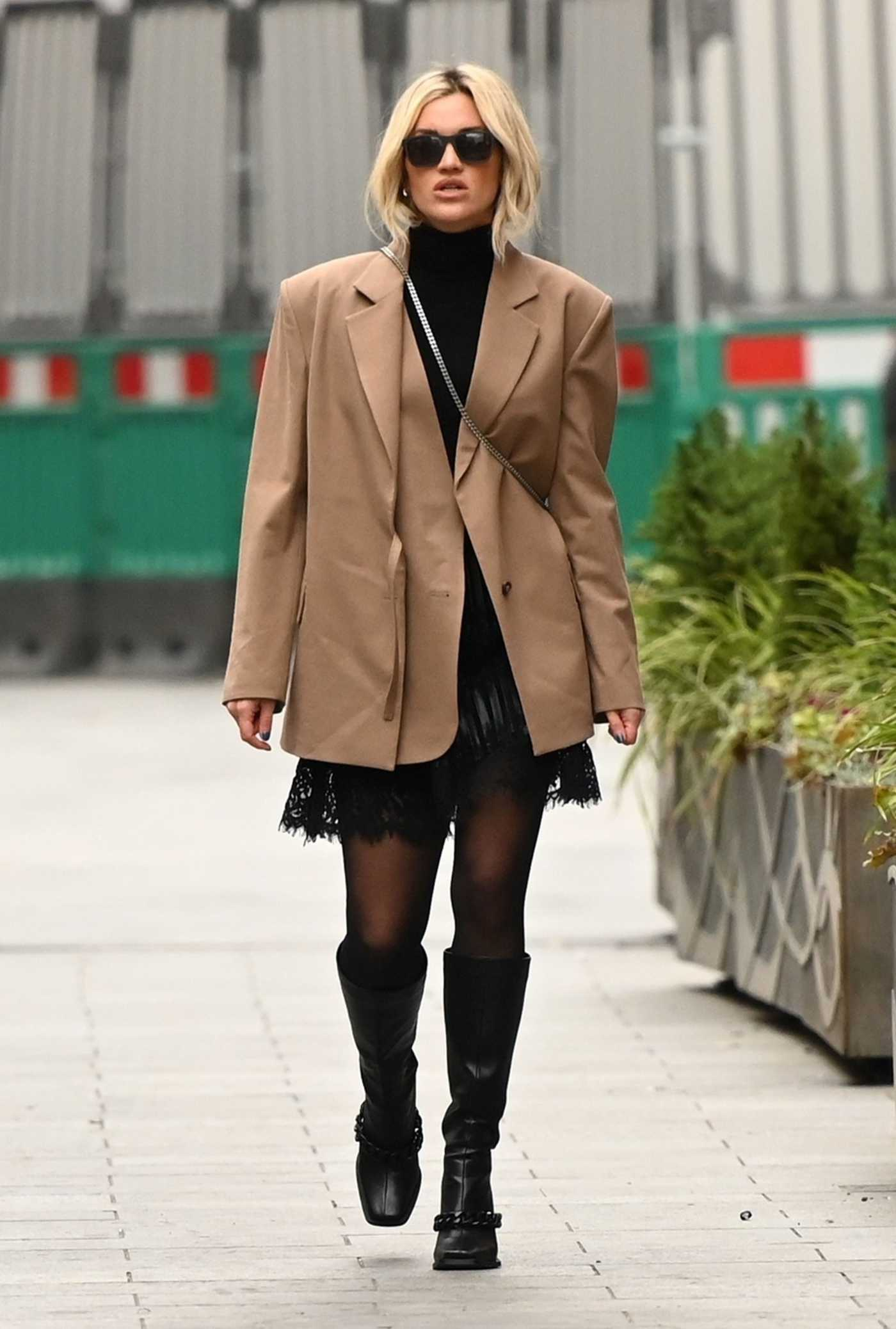 Ashley Roberts in a Beige Blazer Arrives at the Global Radio Studios in London 01/11/2021