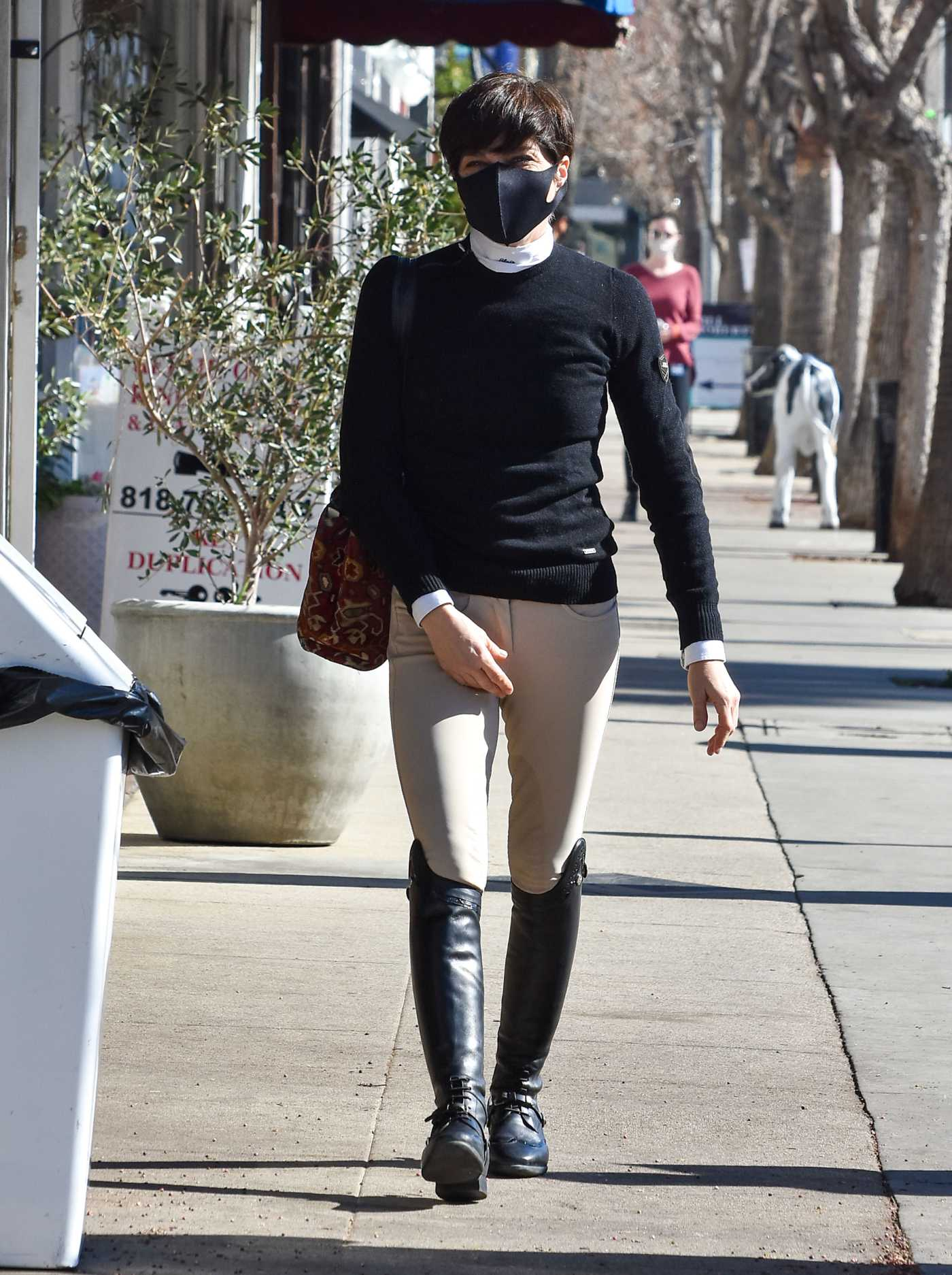 Selma Blair in a Black Protective Mask Was Seen Out in Studio City 01/21/2021