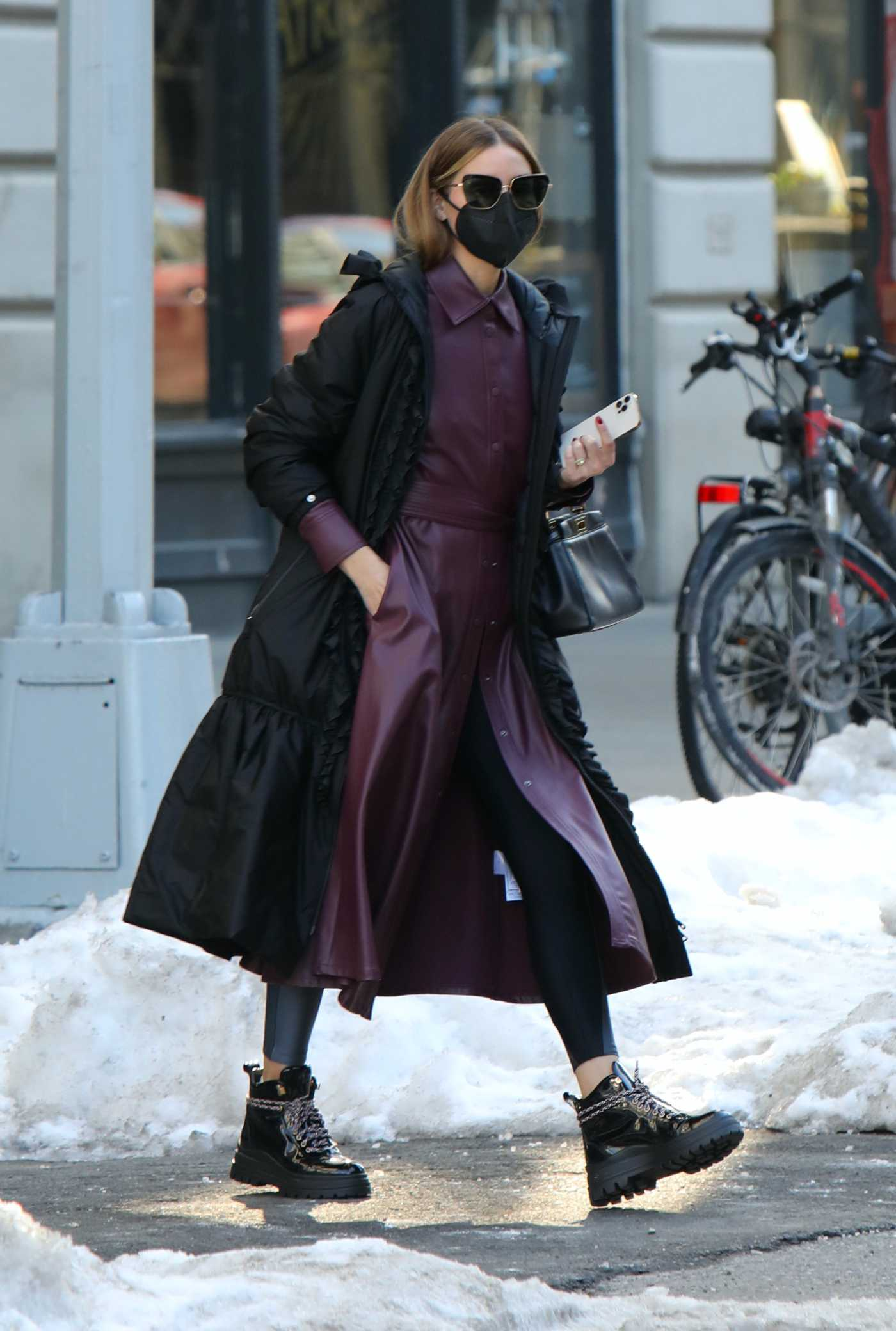 Olivia Palermo in a Black Coat Was Seen Out in Dumbo, Brooklyn 02/10/2021