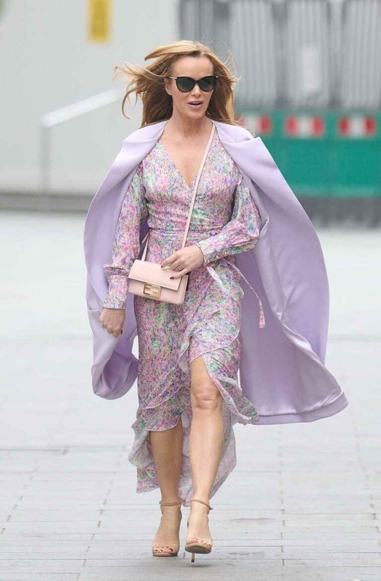 Amanda Holden in a Lilac Cardigan