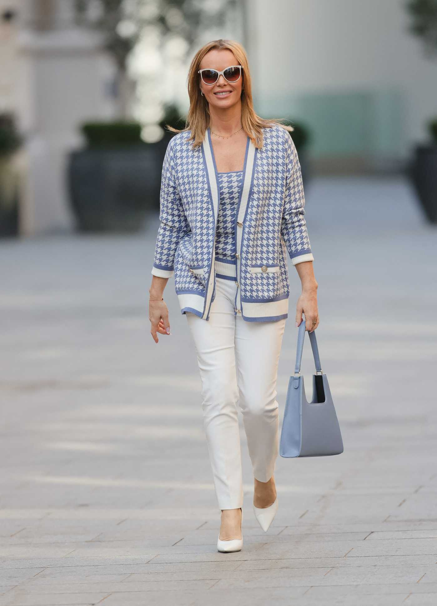 Amanda Holden in a White Pants Was Seen Out in London 03/09/2021