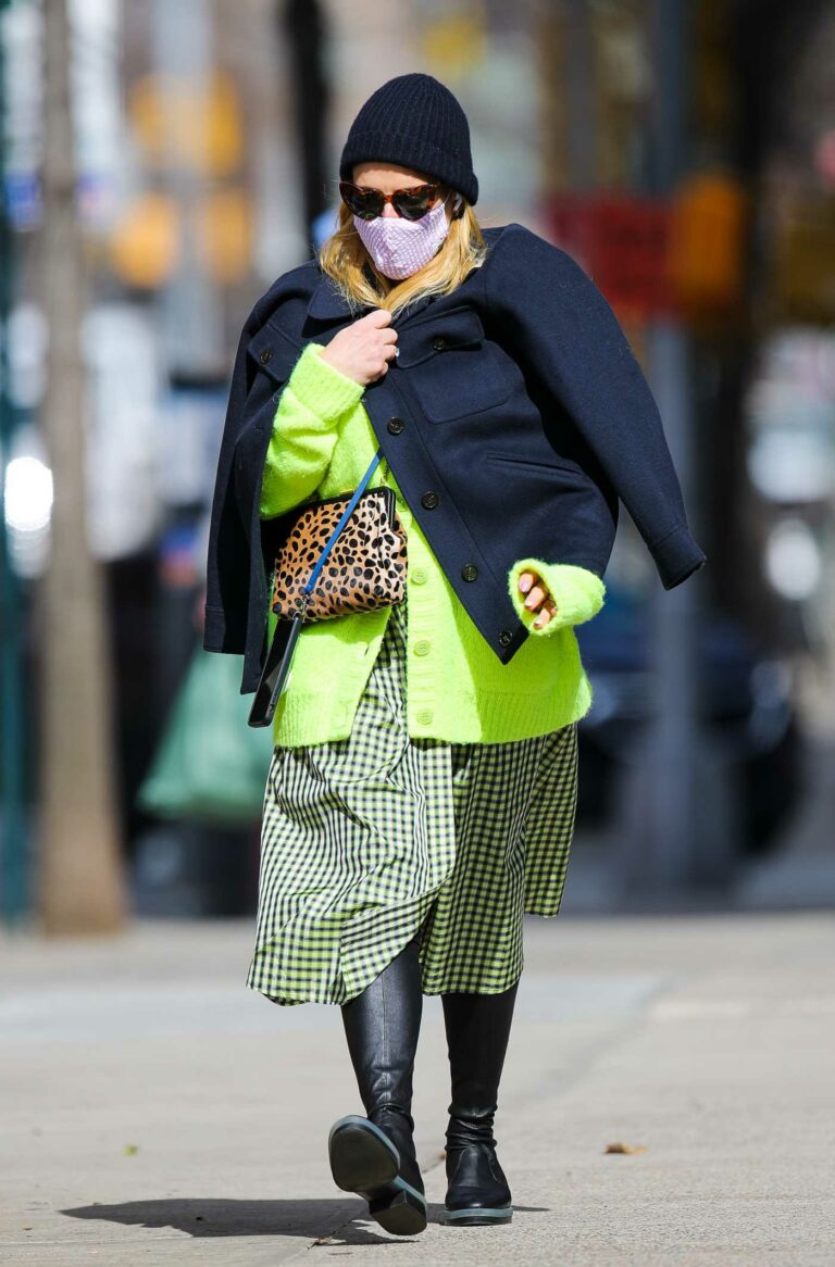 Busy Philipps in a Neon Green Cardigan