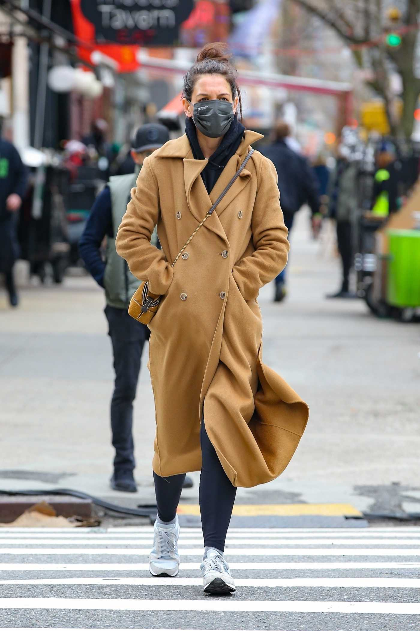 Katie Holmes in a Beige Coat Takes a Stroll in Manhattan's Downtown Area in NYC 03/04/2021