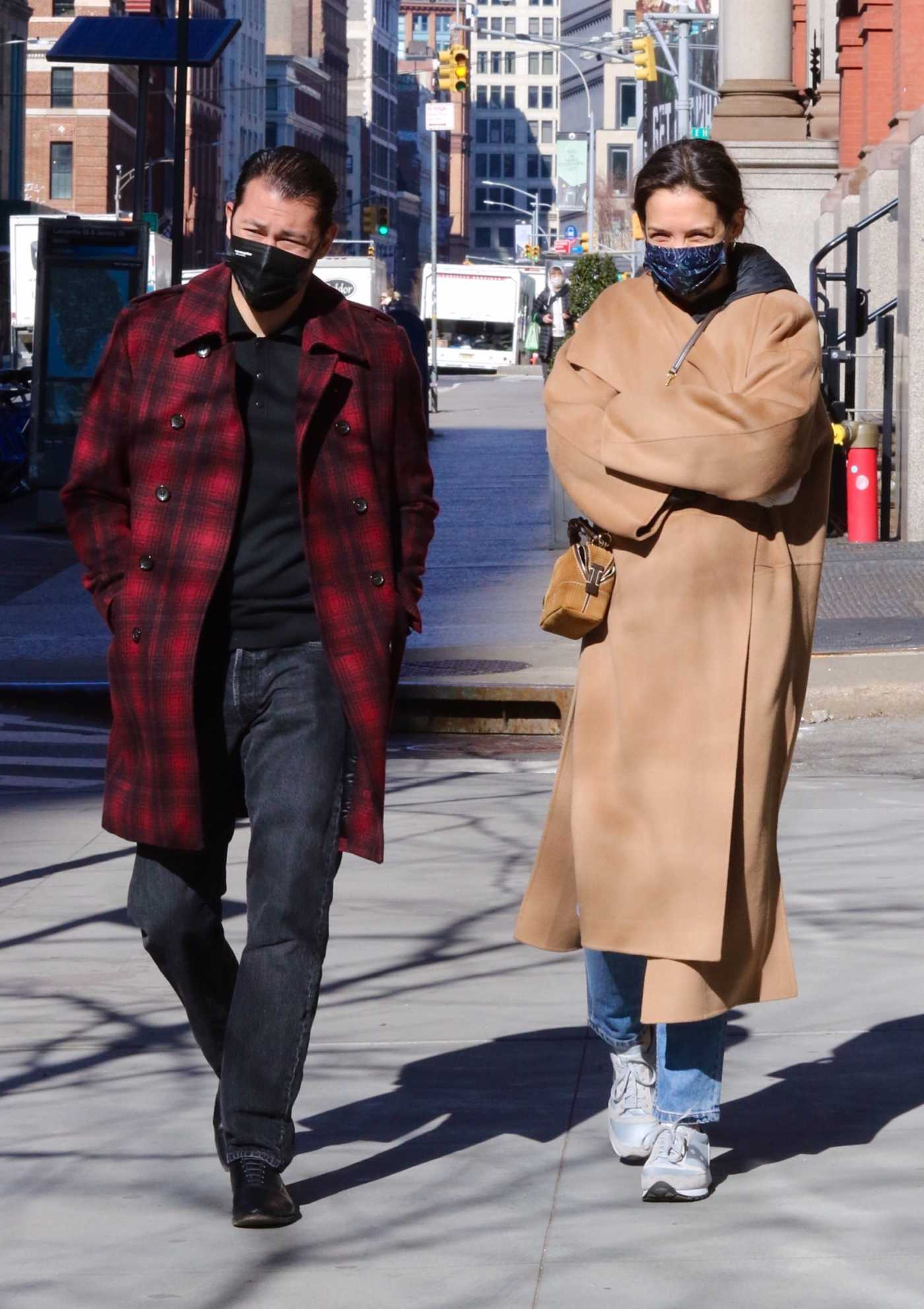 Katie Holmes in a Beige Coat Was Seen Out with Emilio Vitolo Jr. in New York 03/08/2021