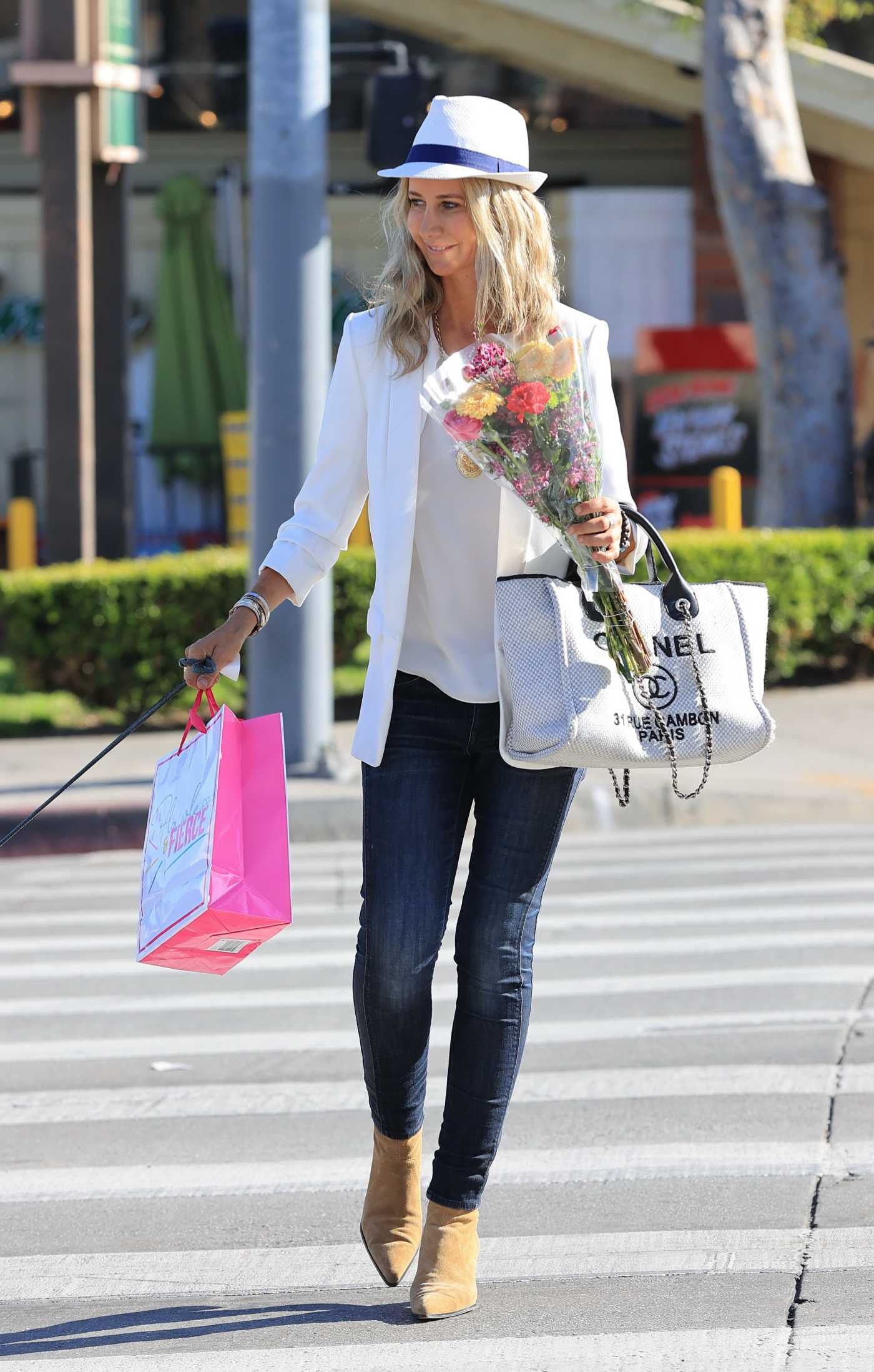 Lady Victoria Hervey in a White Blazer Buys Flowers at Bristol Farms in Los Angeles 03/23/2021