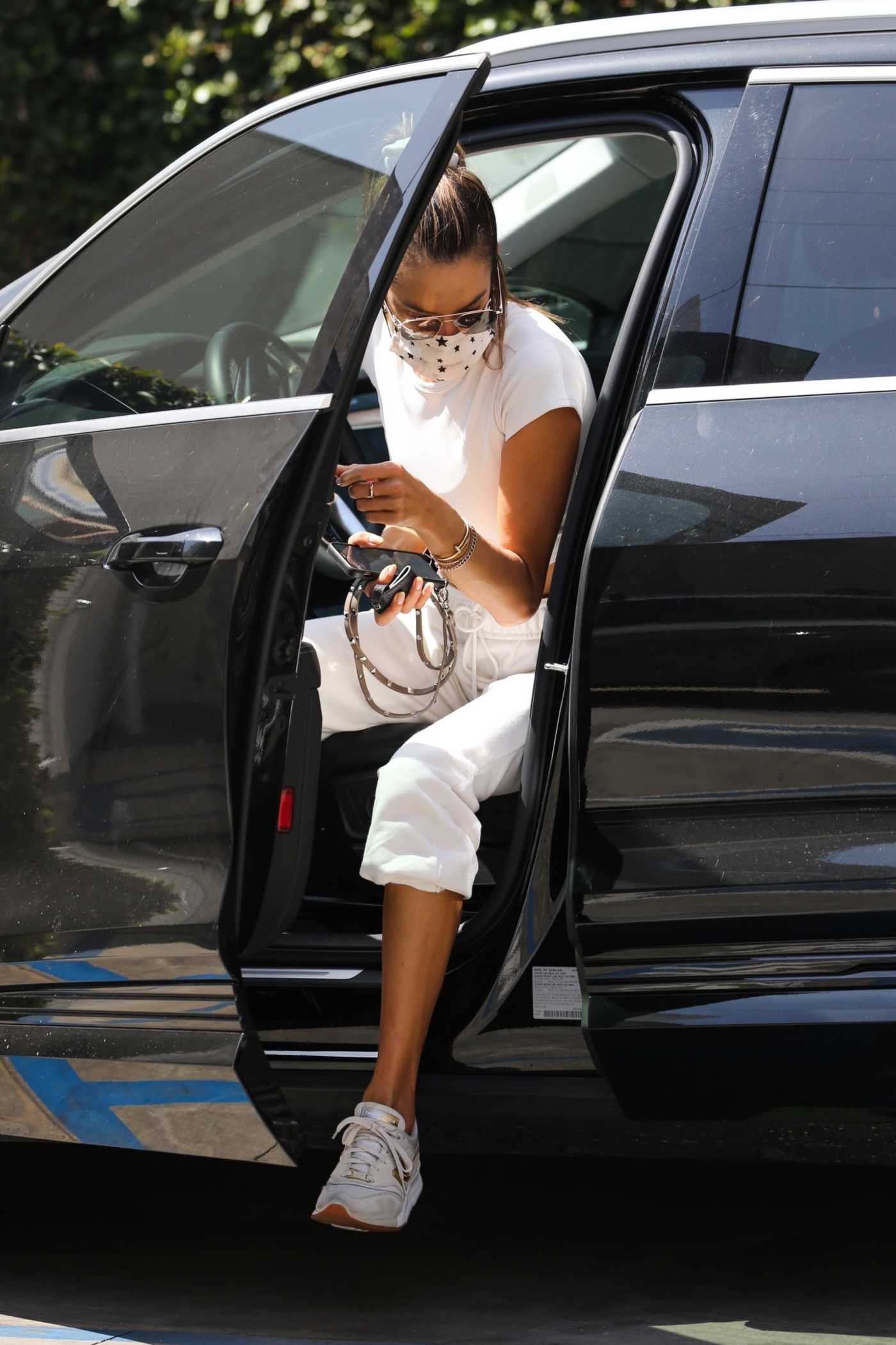 Alessandra Ambrosio in a White Sweatpants Goes Shopping in West Hollywood 04/06/2021