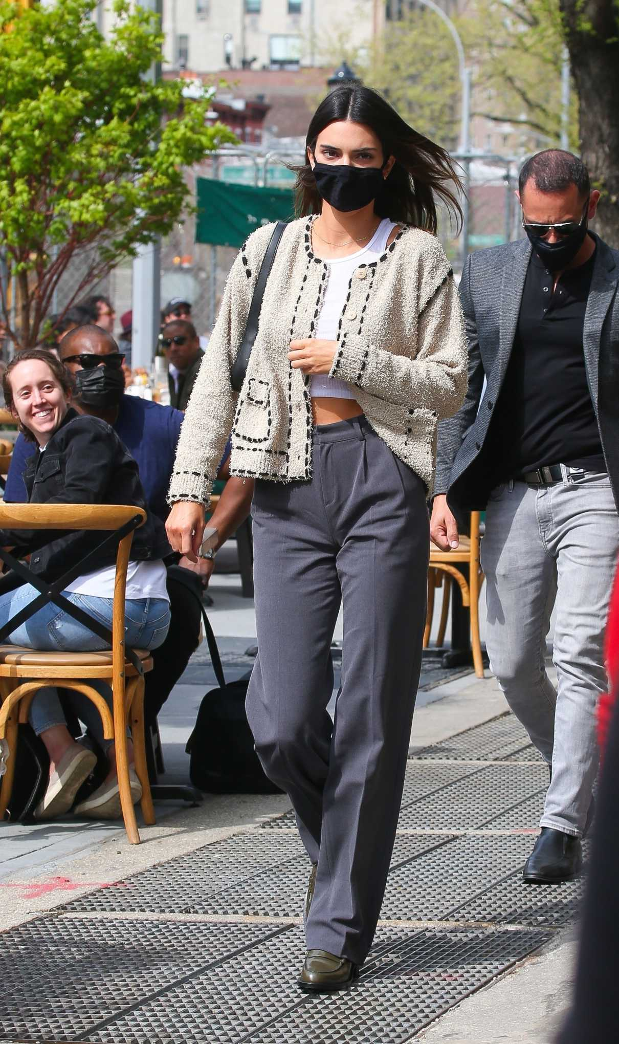 Kendall Jenner in a Black Protective Mask Joins Her Boyfriend Devin Booker for Lunch at Bar Pitti in New York 04/24/2021