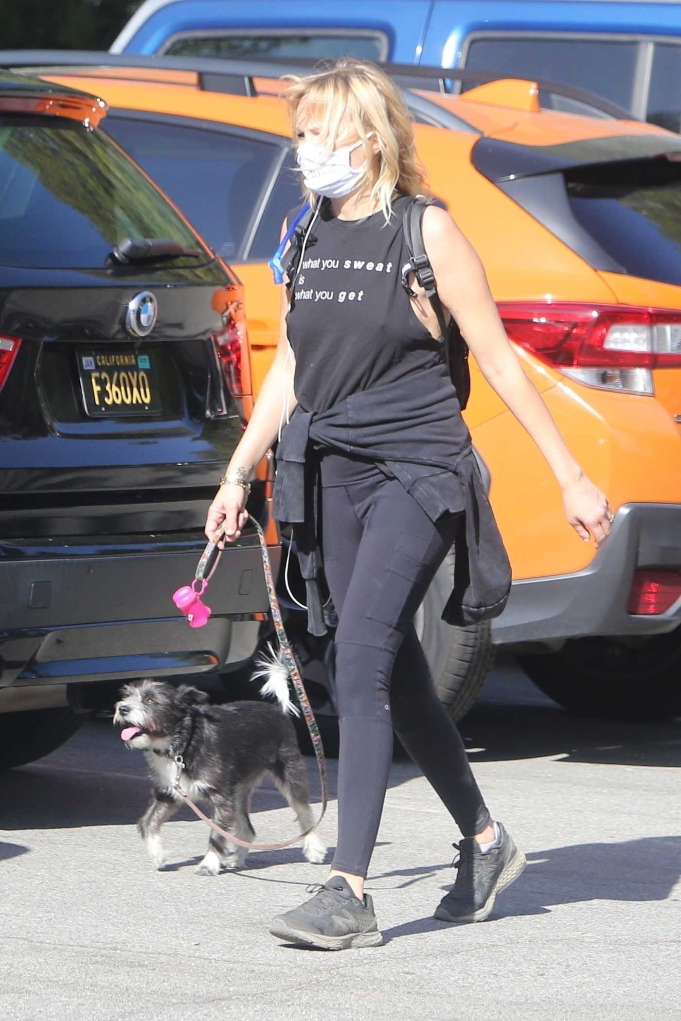 Malin Akerman in a Black Outfit Brings Her Pup to a Hike in Los Angeles 04/05/2021