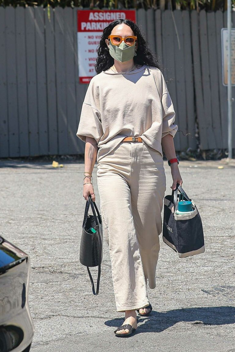 Rumer Willis in a Beige Outfit