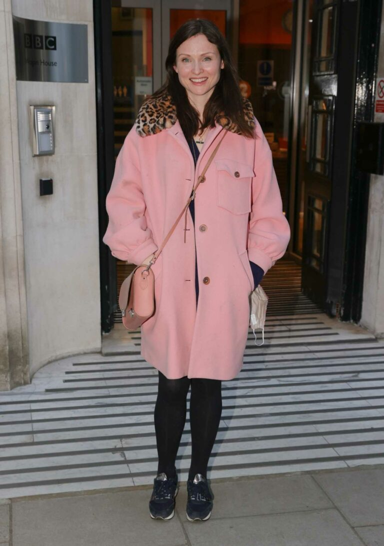 Sophie Ellis-Bextor in a Pink Coat