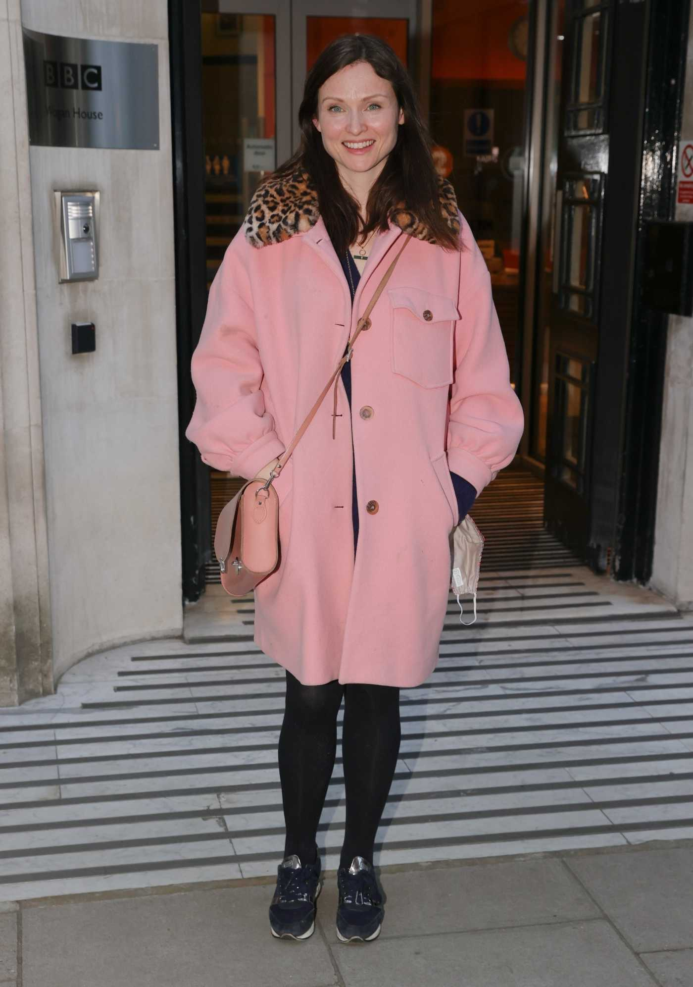 Sophie Ellis-Bextor in a Pink Coat Arrives at BBC Radio 2 in London 04/05/2021