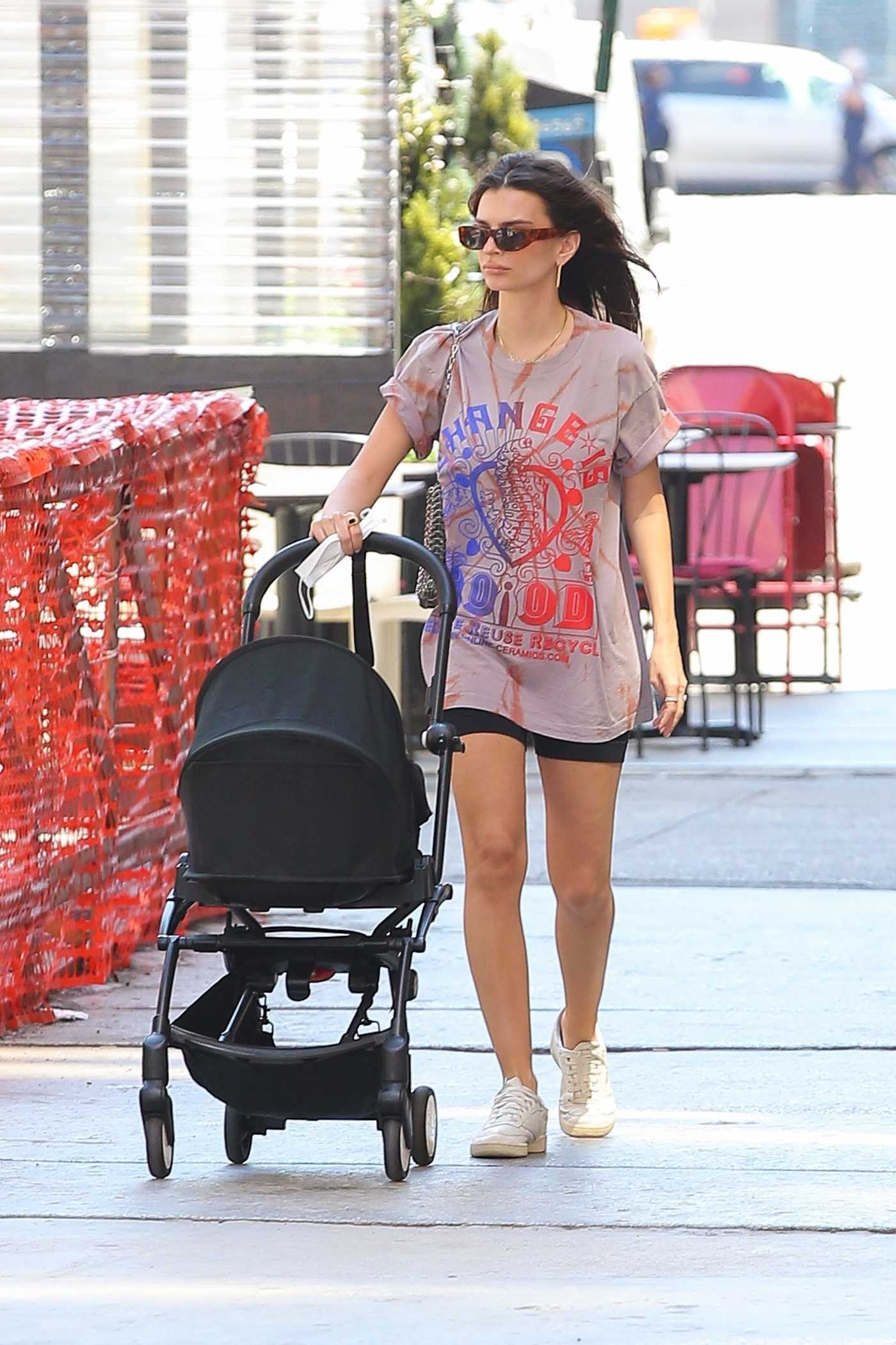 Emily Ratajkowski in an Oversized Tee Walks with Her Son Sylvester Out in New York 05/19/2021