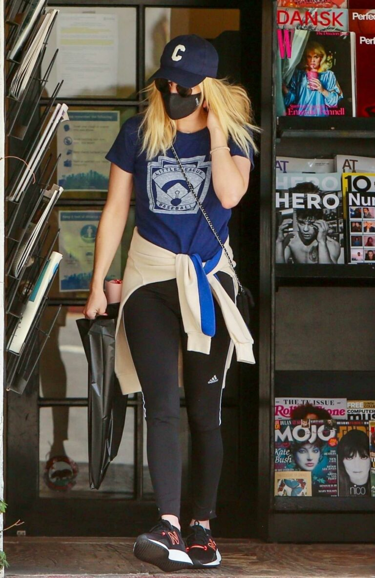 Emma Roberts in a Blue Tee