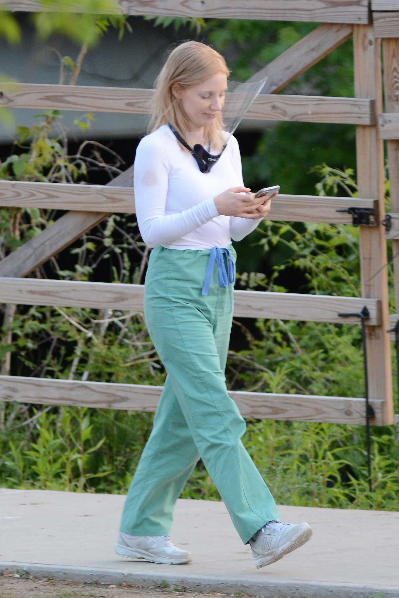 Jessica Chastain in a Green Pants Was Spotted on the Set of The Good Nurse in Stamford 05/19/2021