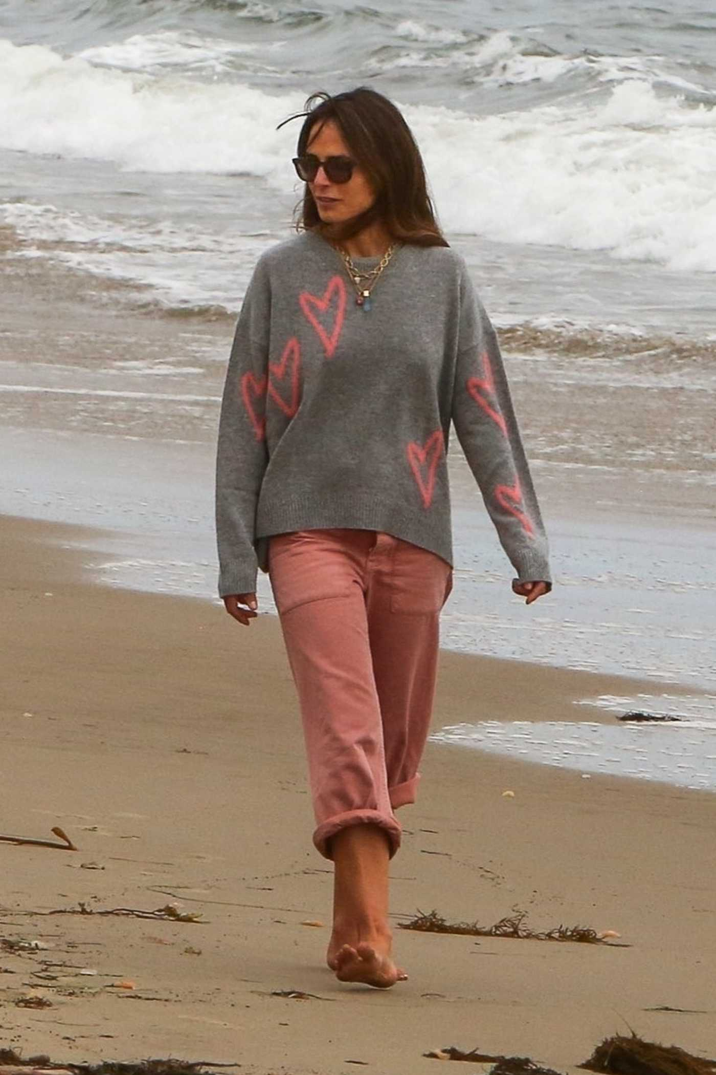 Jordana Brewster in a Grey Sweater Goes for a Stroll Out with Mason Morfit in Santa Monica 05/15/2021
