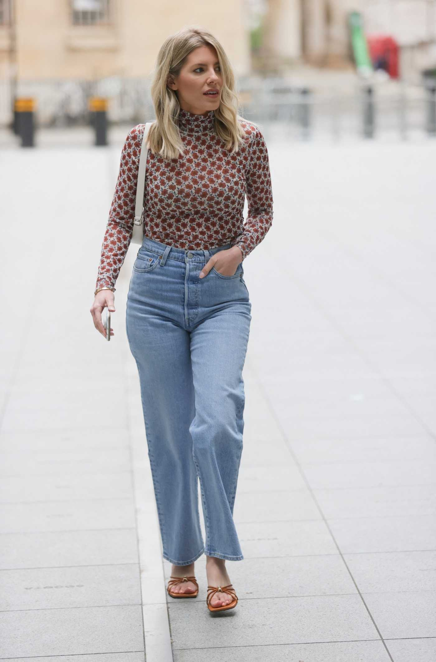 Mollie King in a Patterned Turtleneck Arrives at the BBC Studios in London 05/22/2021