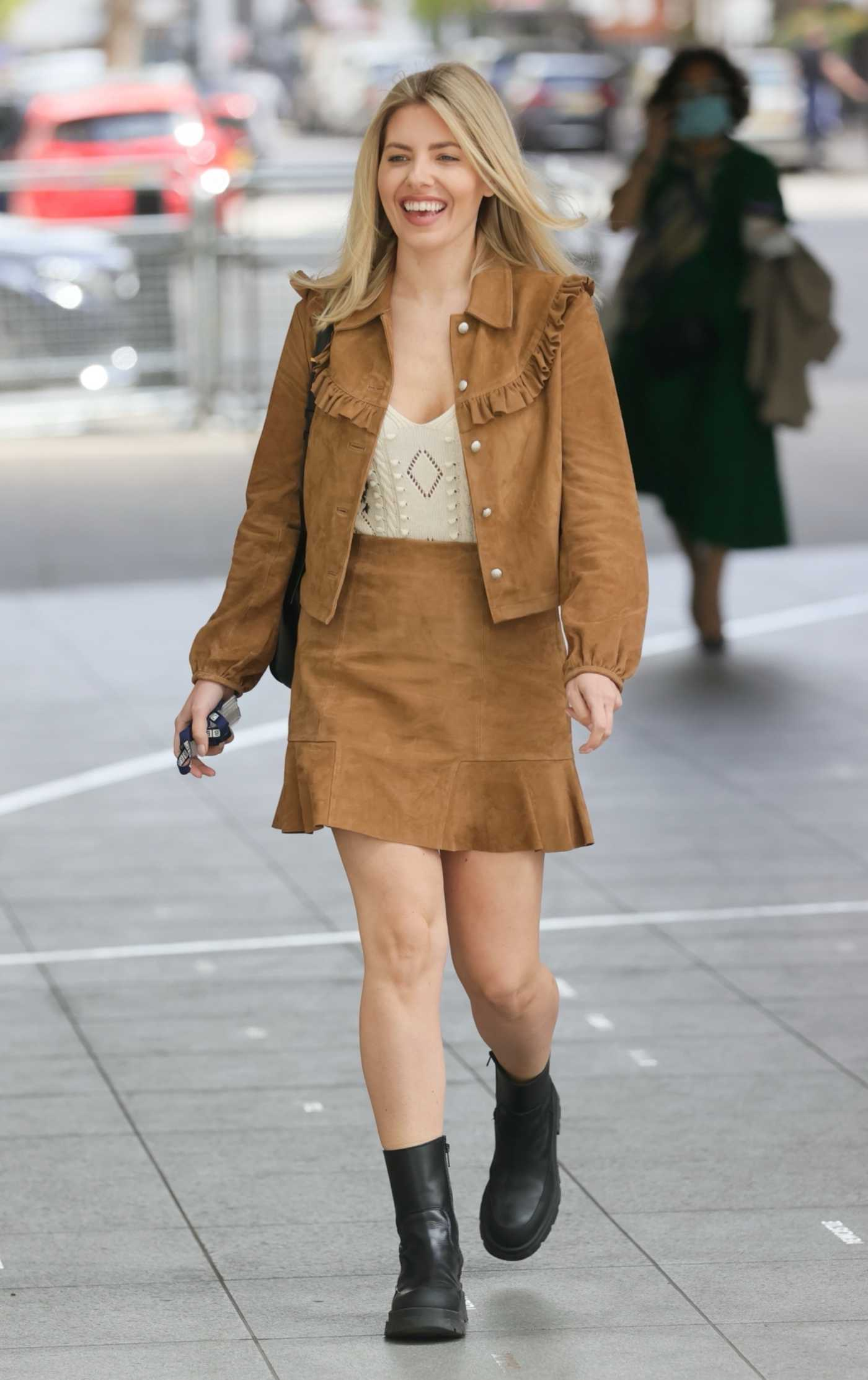 Mollie King in a Tan Suede Suit Arrives at BBC Radio 1 in London 05/09/2021