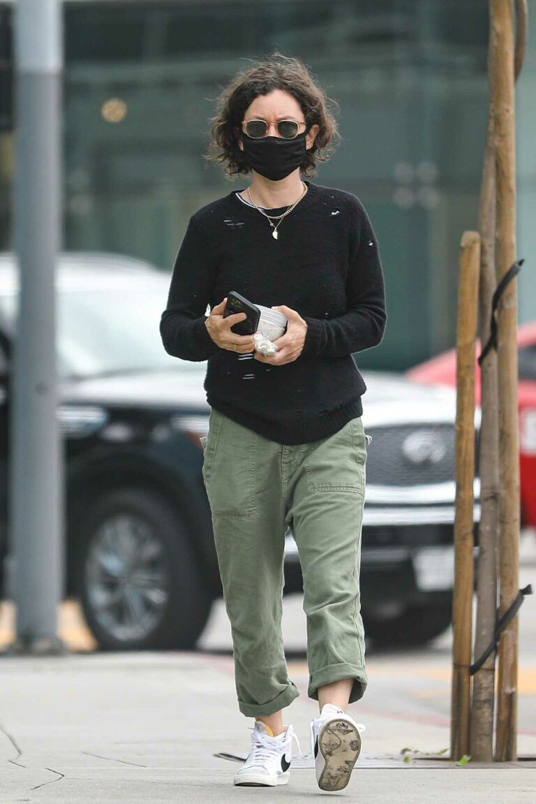 Sara Gilbert in a Black Protective Mask