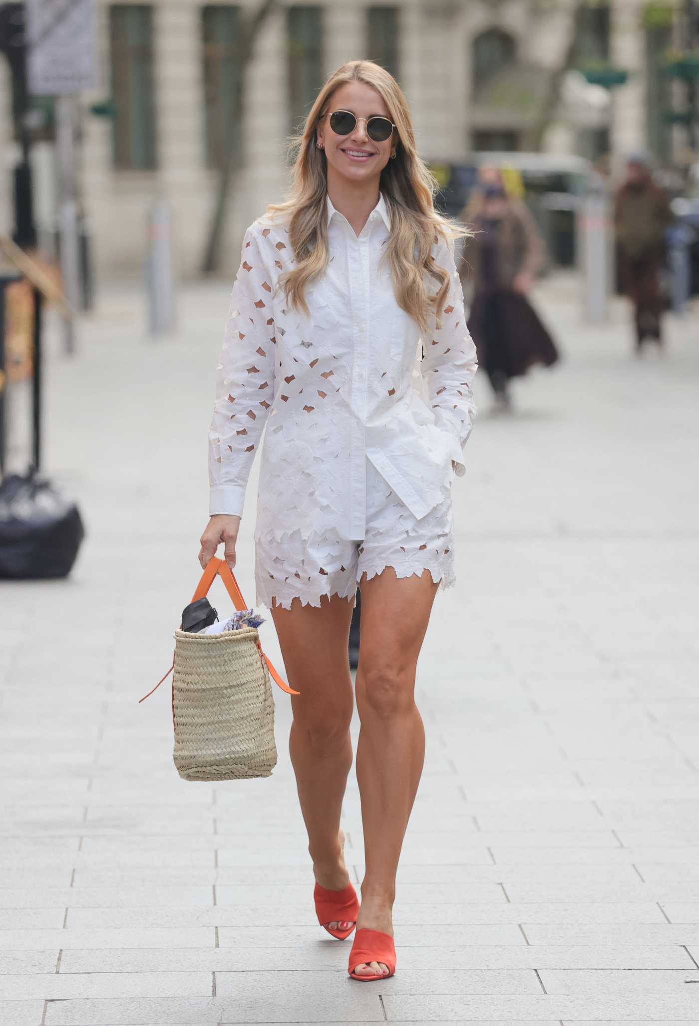 Vogue Williams in a White Summer Suit Arrives at the Heart Radio Studios in London 05/12/2021