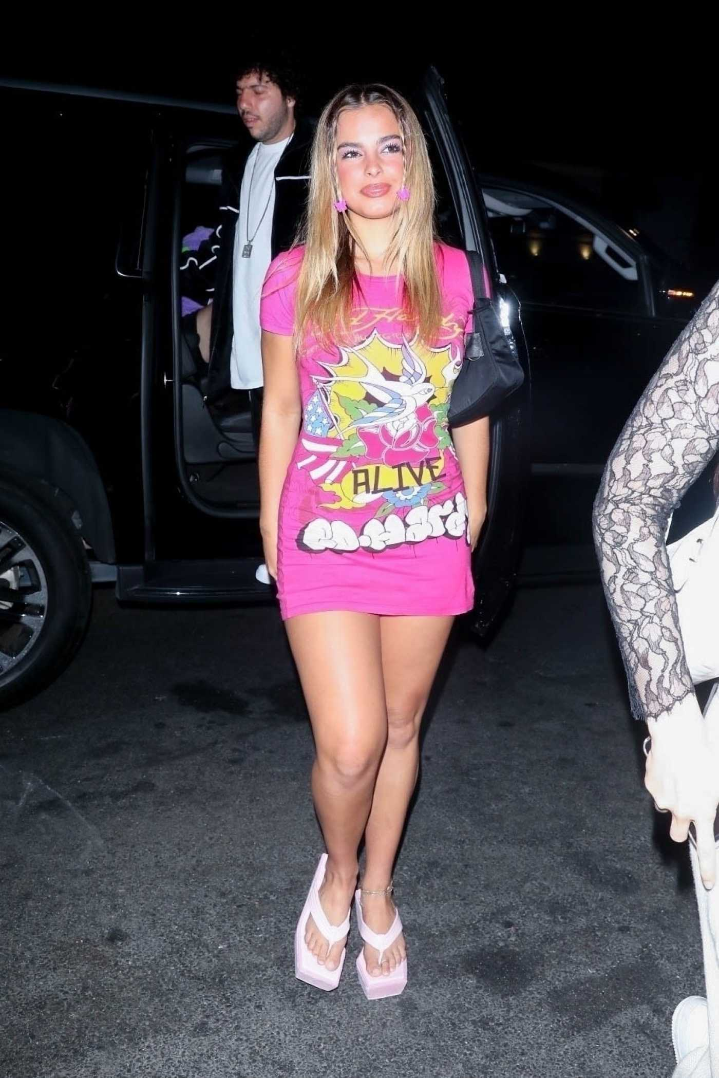 Addison Rae in a Pink Tee Arrives at Carter Gregory's B-Day Party at 40 Love in West Hollywood 06/19/2021
