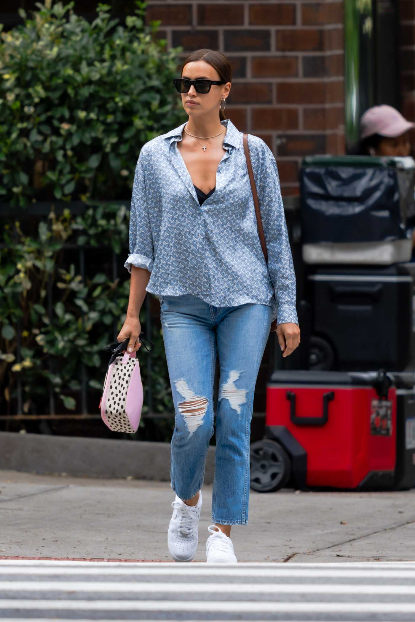 Irina Shayk in a Blue Ripped Jeans Was Seen Out in New York 06/14/2021