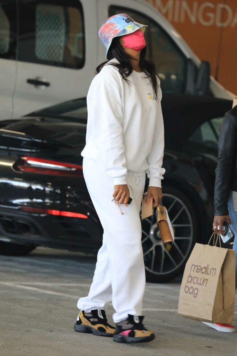 Kelly Rowland in a White Sweatsuit