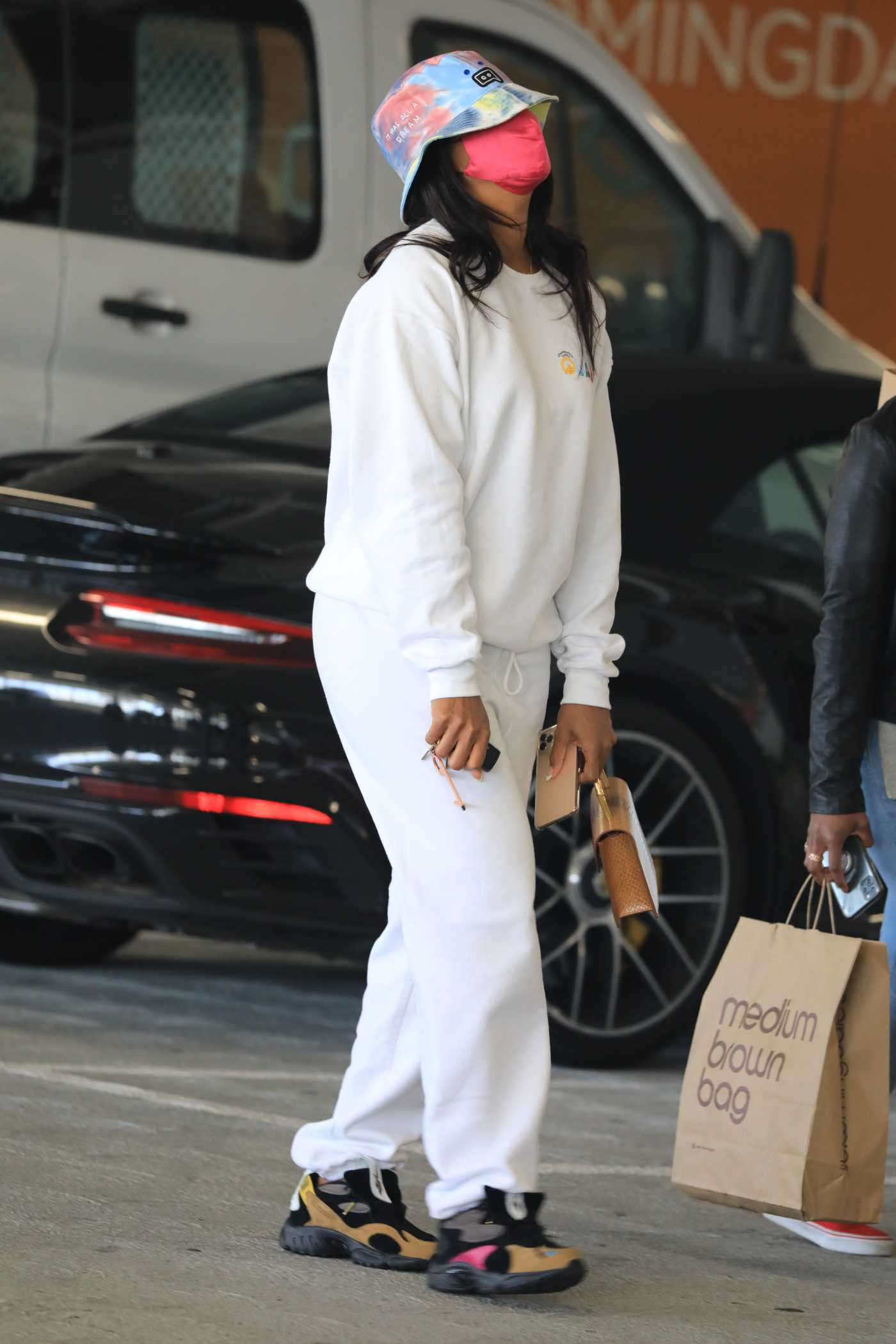 Kelly Rowland in a White Sweatsuit Goes Shopping in Beverly Hills 06/01/2021