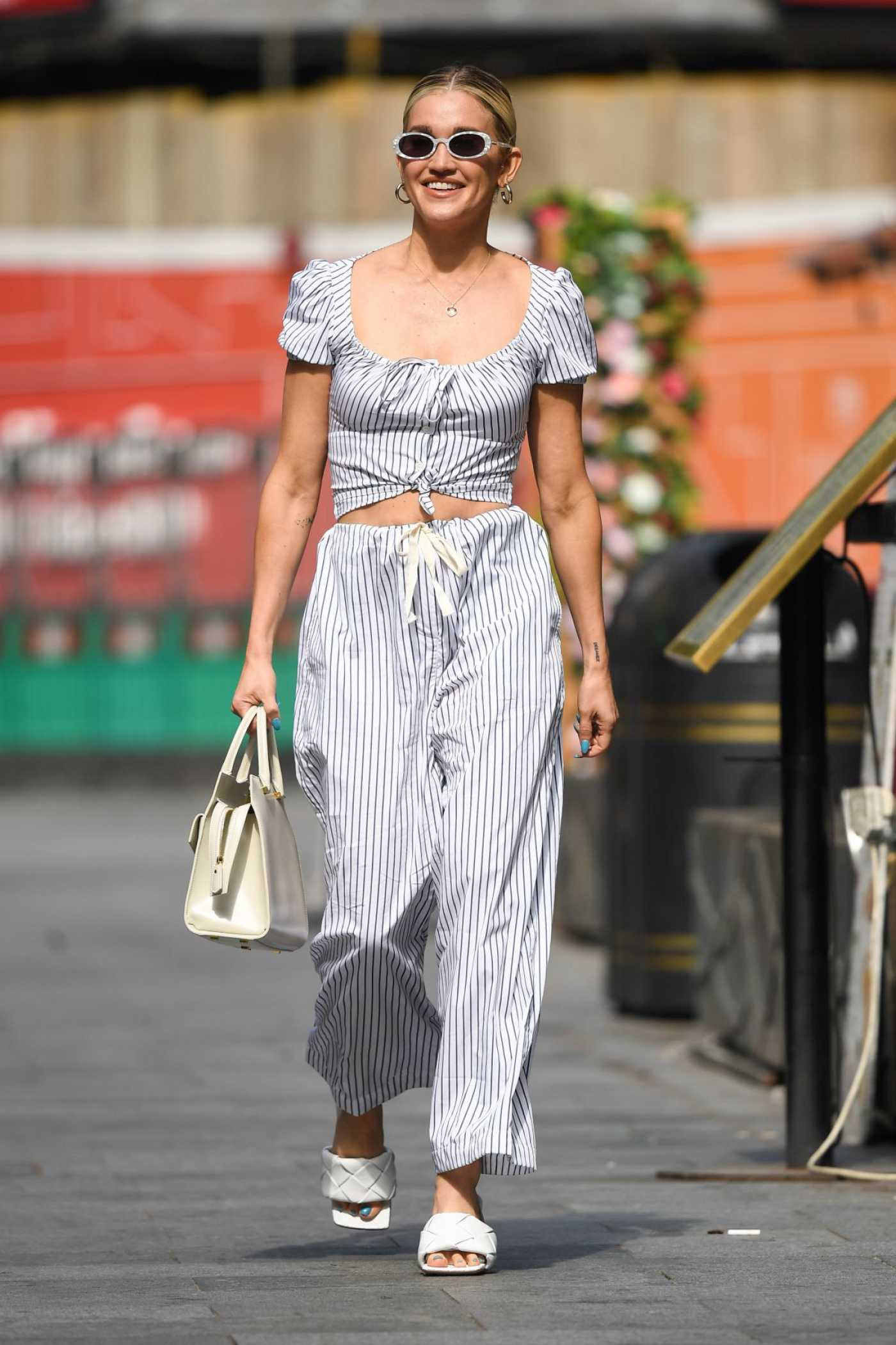 Ashley Roberts in a Striped Summer Suit Arrives at the Global Radio Studios in London 07/20/2021