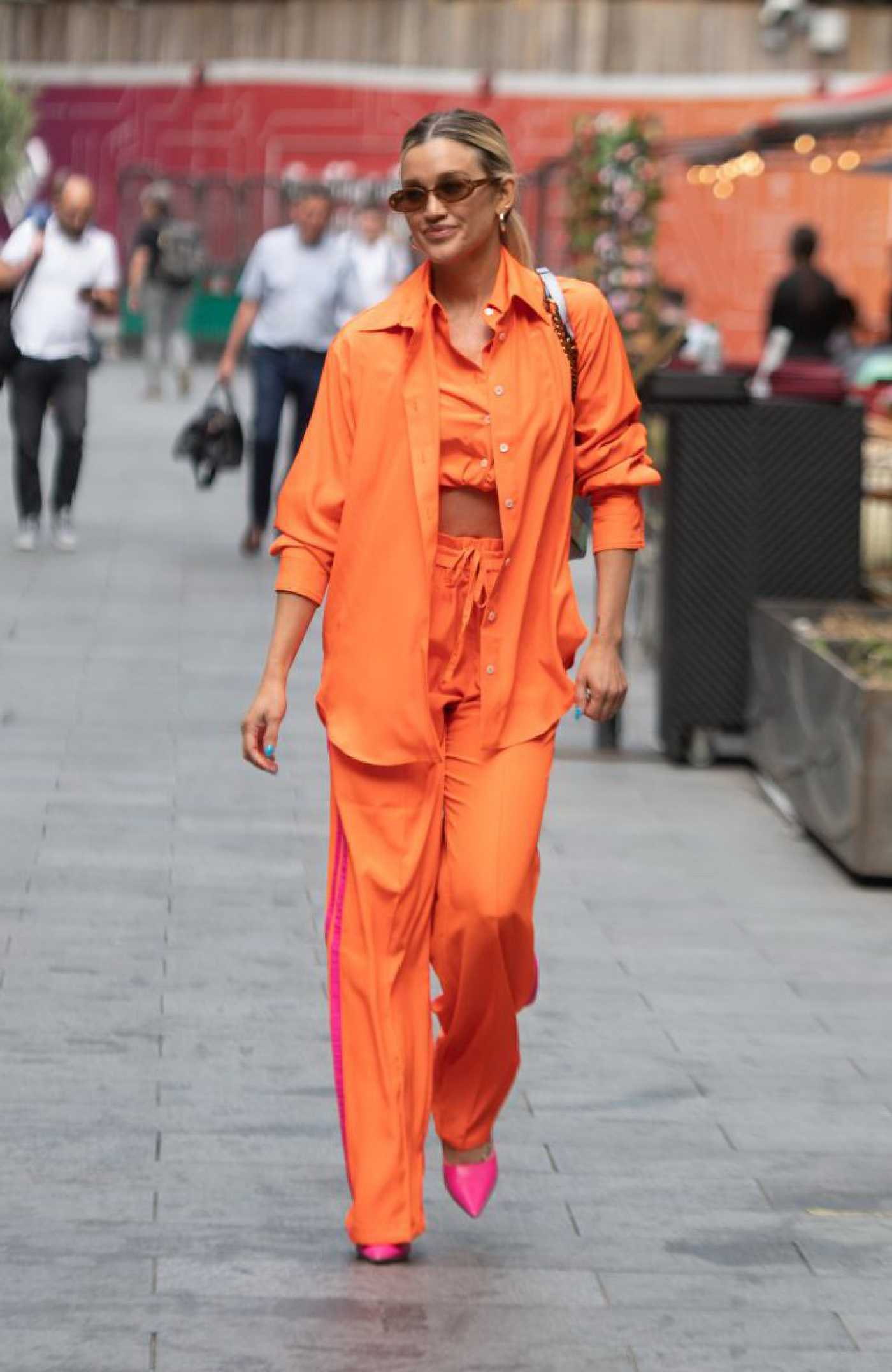Ashley Roberts in an Orange Suit Arrives at the Global Radio in London 07/09/2021