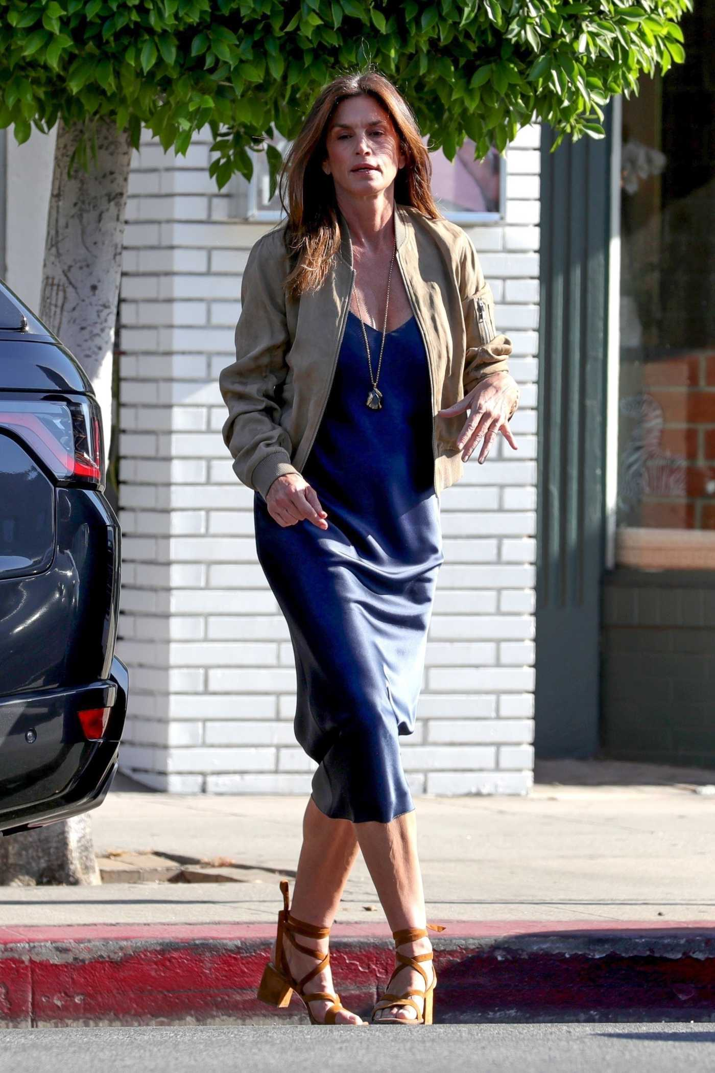 Cindy Crawford in a Beige Bomber Jacket Leaves a Hair Salon in West Hollywood 07/21/2021
