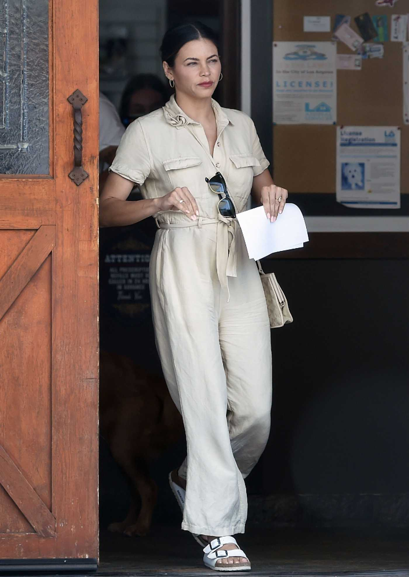 Jenna Dewan in a Beige Jumpsuit Goes Shopping at Petco in Los Angeles 07/12/2021