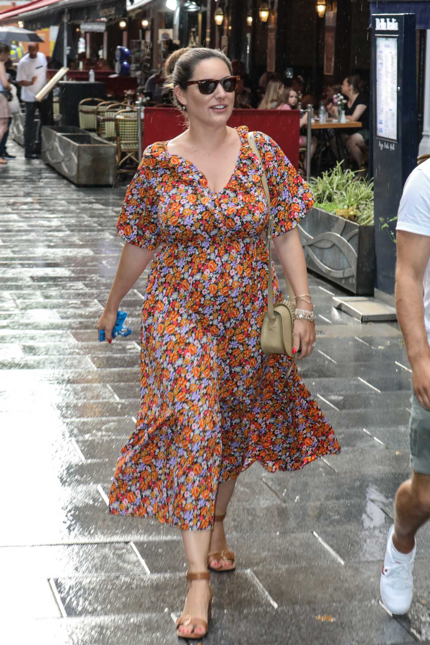Kelly Brook in a Floral Dress Leaves the Global Studios in London 07/20/2021