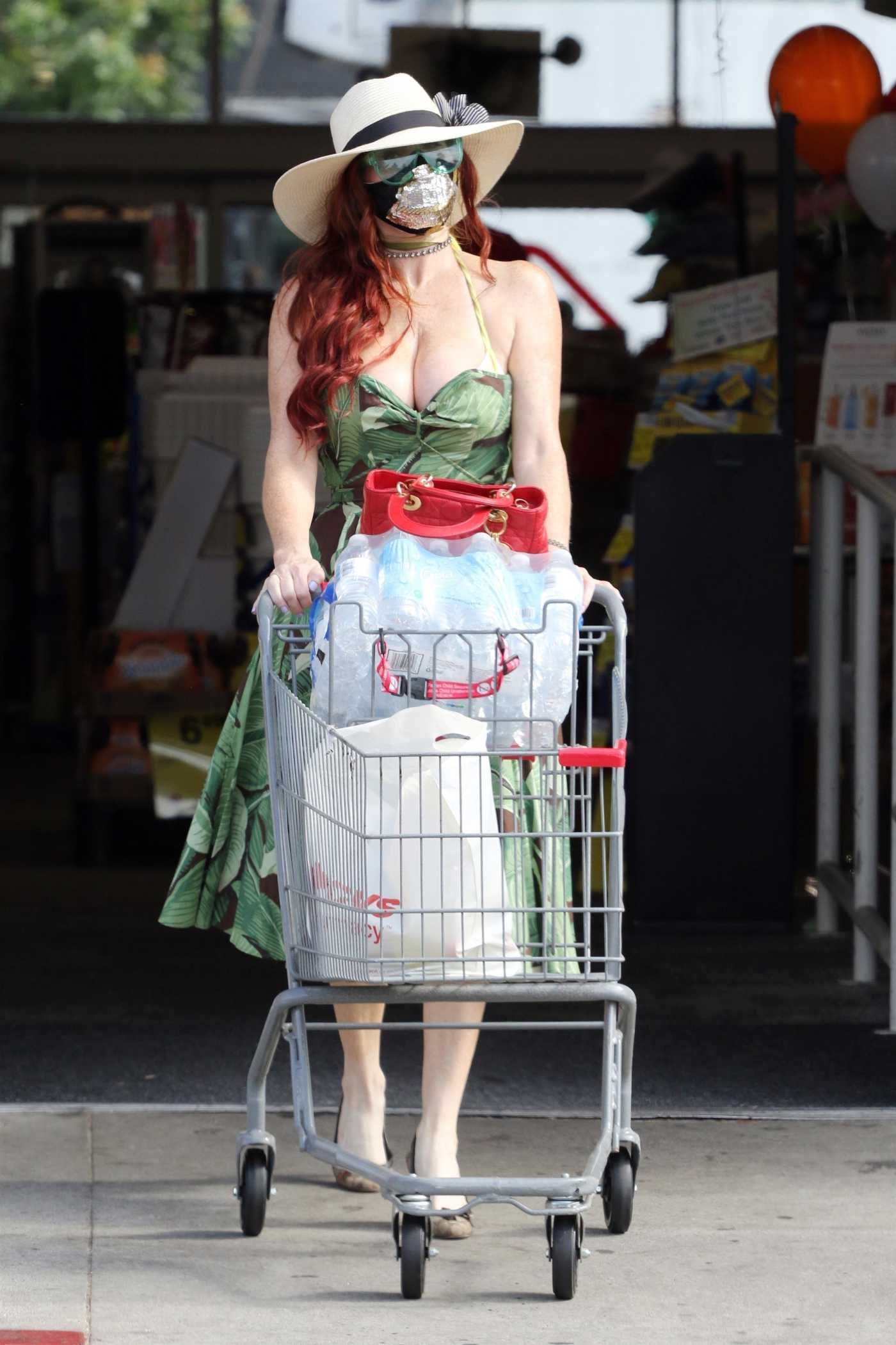 Phoebe Price in a Green Dress Goes Shopping in Los Angeles 07/27/2021