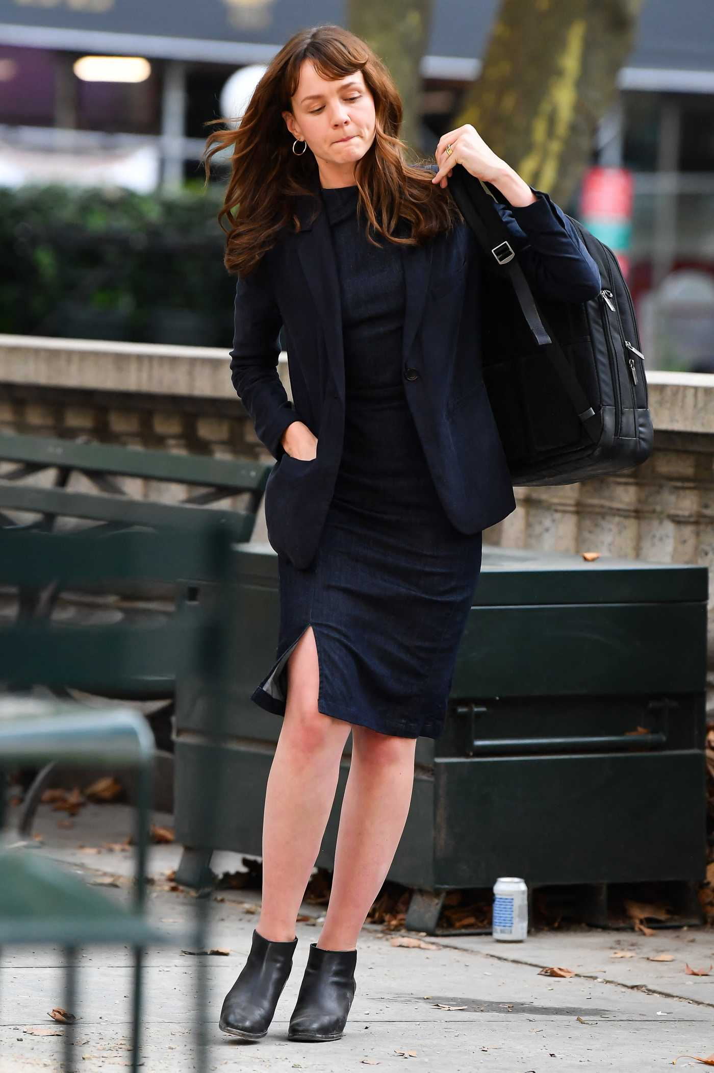 Carey Mulligan in a Black Blazer on the Set of She Said in Bryant Park in New York 08/17/2021