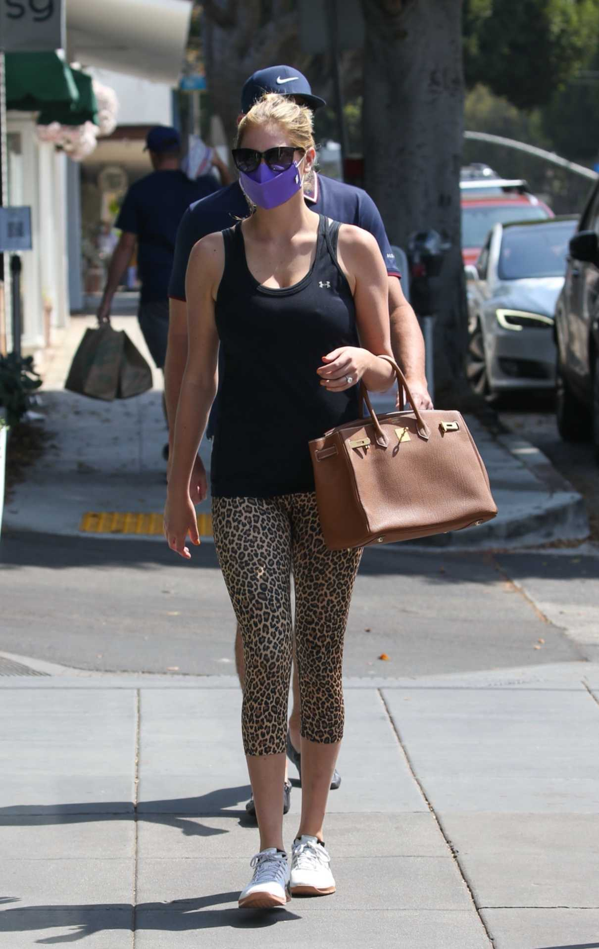 Kate Upton in a Black Tank Top Arrives at Beauty Park Medical Spa in Santa Monica 08/03/2021