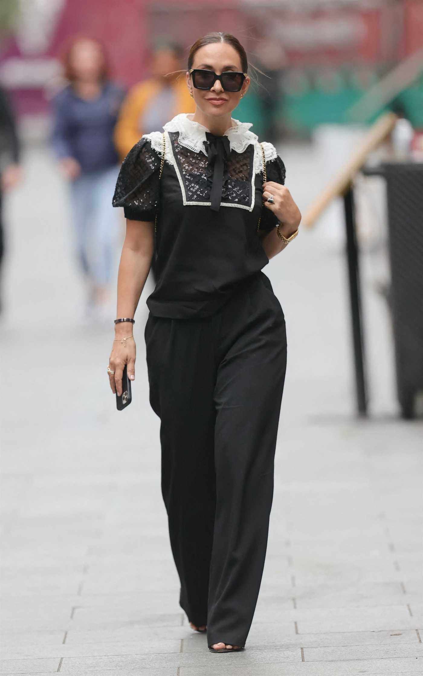 Myleene Klass in a Black Trousers Leaves the Smooth Radio in London 08/26/2021