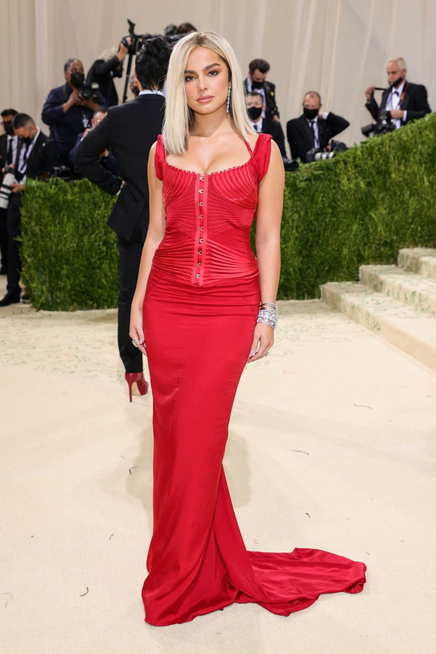 Addison Rae Attends 2021 Met Gala In America: A Lexicon of Fashion at Metropolitan Museum of Art in New York City 09/13/2021