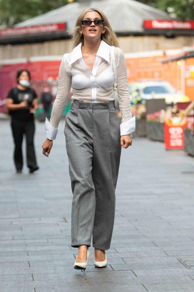 Ashley Roberts in a Grey Pants