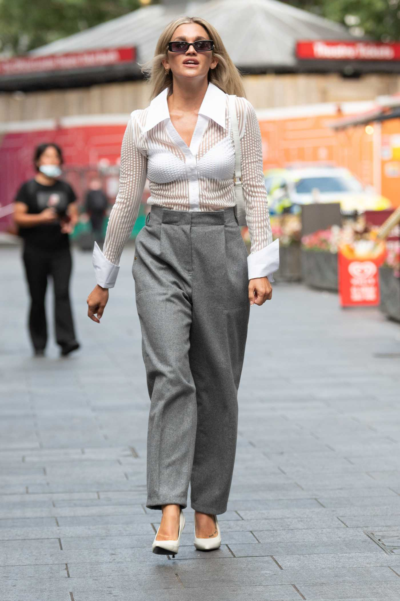 Ashley Roberts in a Grey Pants Leaves the Global Radio Studios in London 09/03/2021
