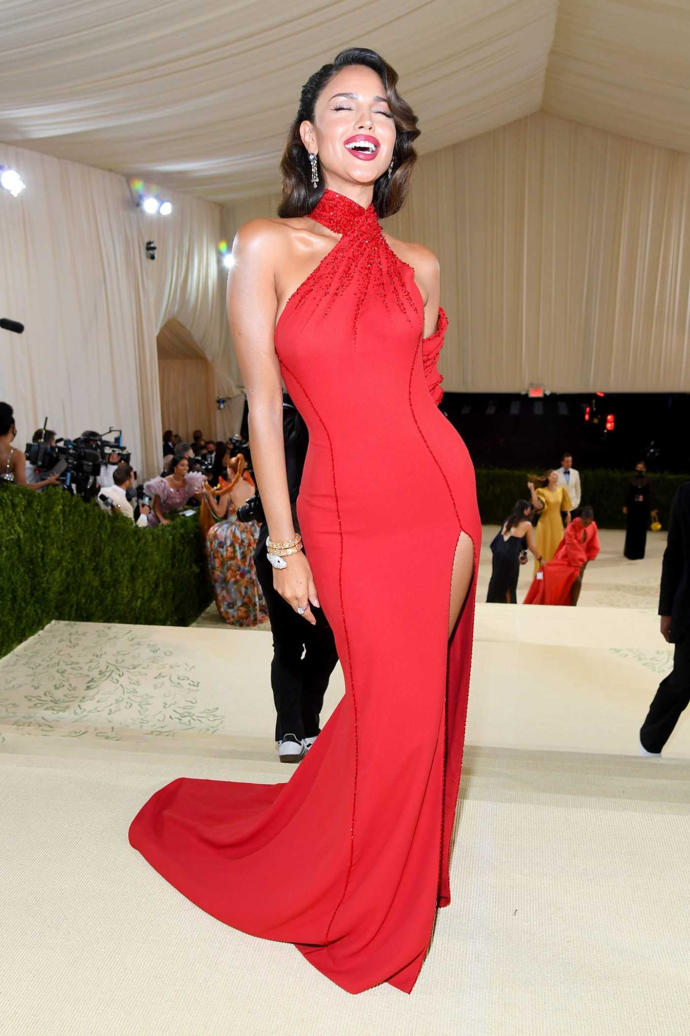 Eiza Gonzalez Attends 2021 Met Gala In America: A Lexicon of Fashion at Metropolitan Museum of Art in New York City 09/13/2021
