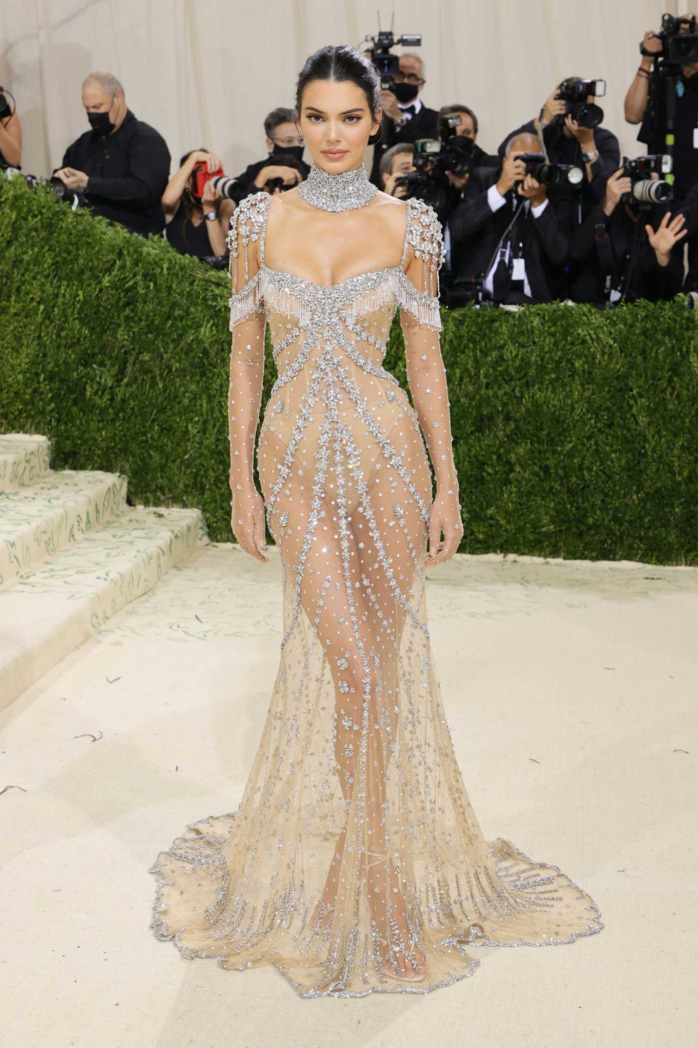 Kendall Jenner Attends 2021 Met Gala In America: A Lexicon of Fashion at Metropolitan Museum of Art in New York City 09/13/2021