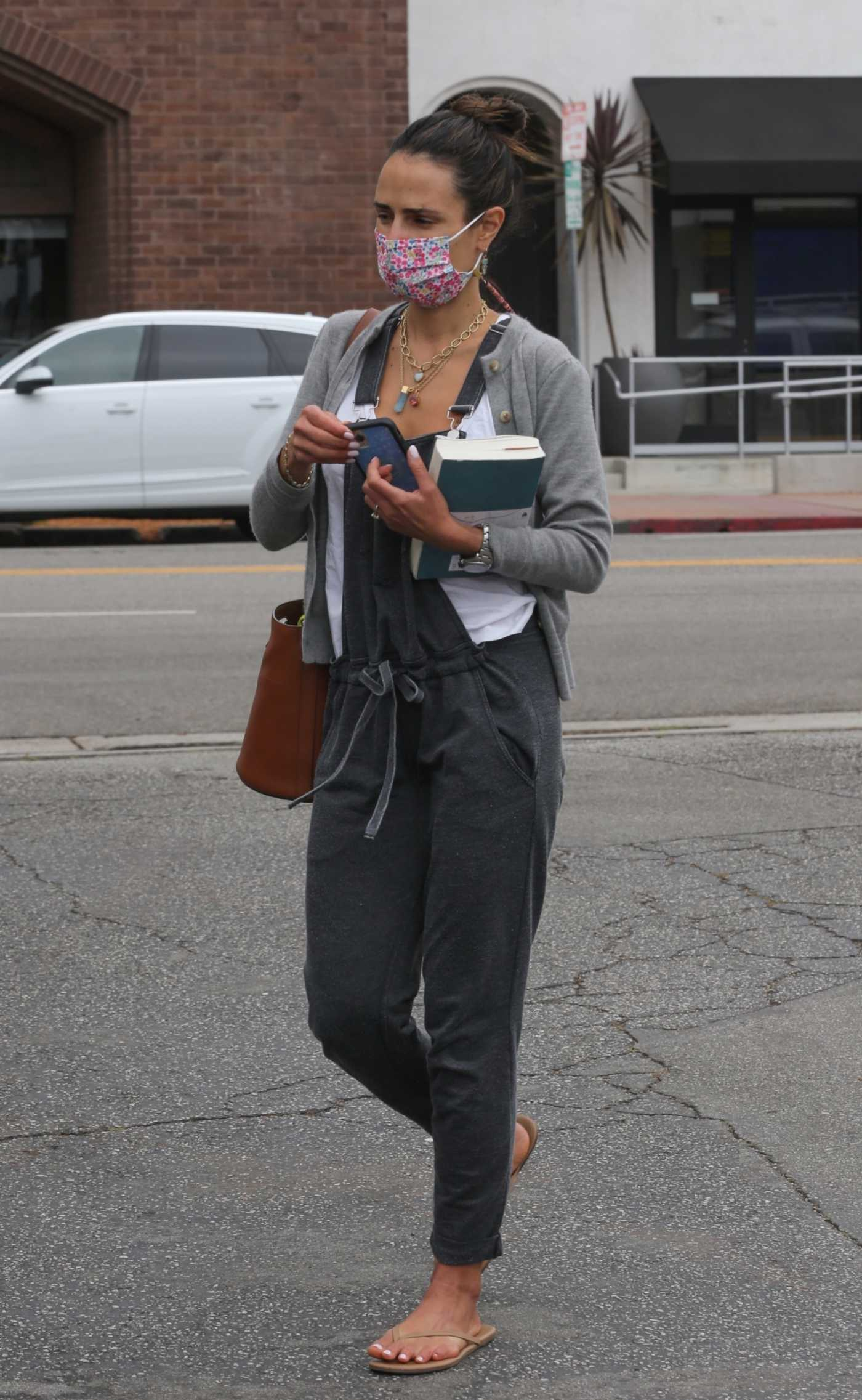 Jordana Brewster in a Grey Cardigan Was Seen Out in Brentwood 10/06/2021
