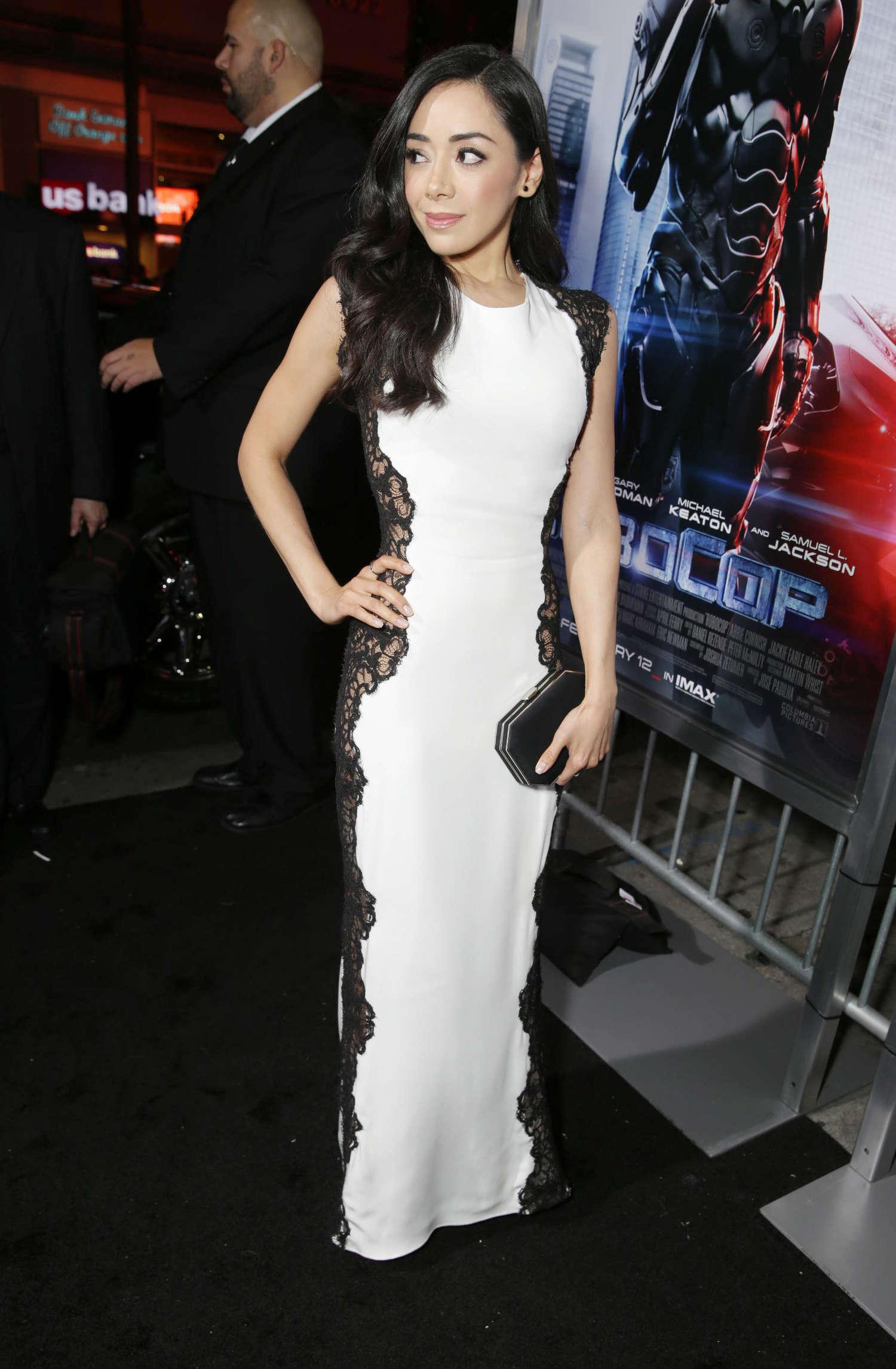 Aimee Garcia Robocop Premiere in Los Angeles