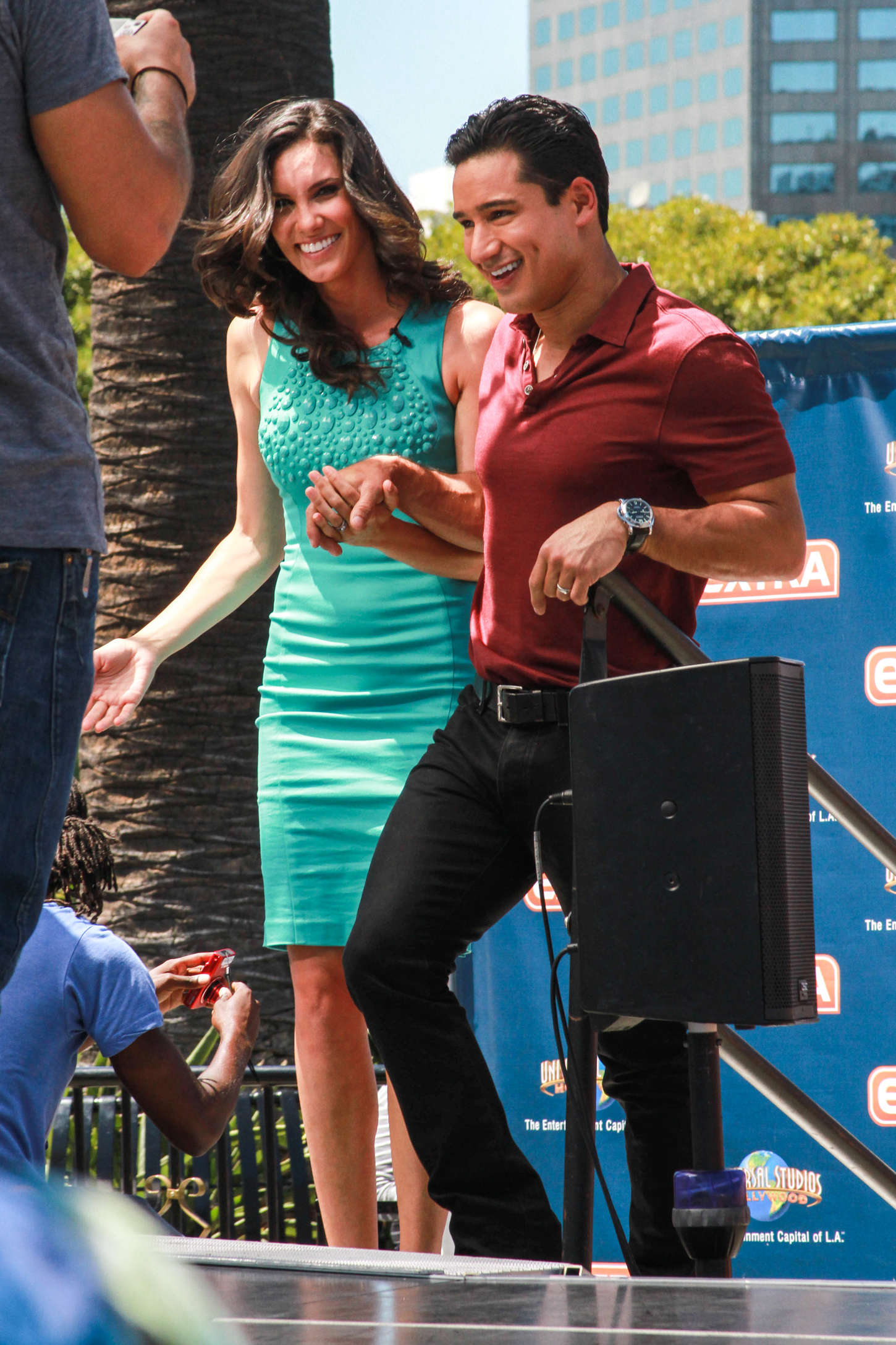 Daniela Ruah on set of Extra in Universal City